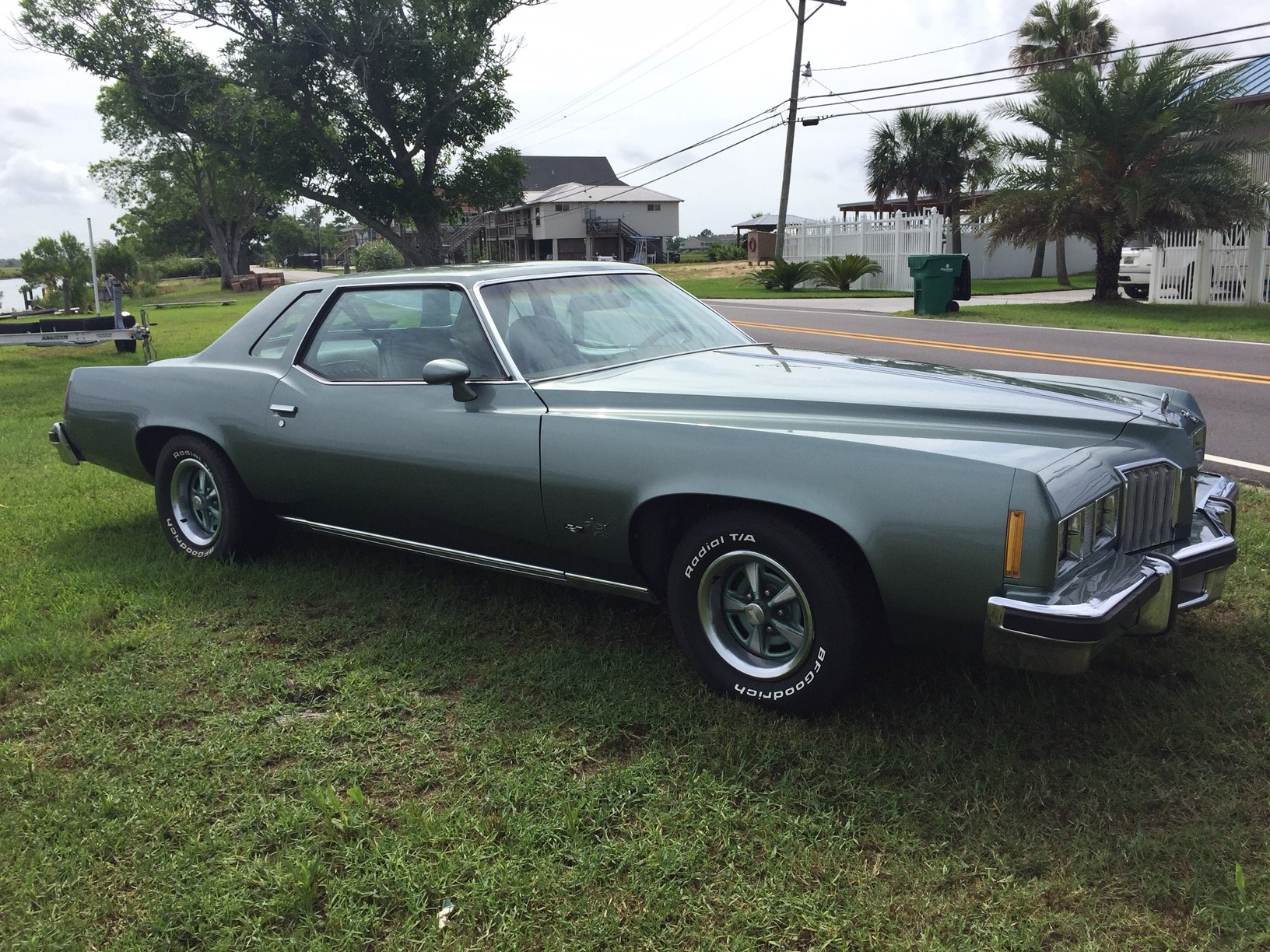 4th Image of a 1977 PONTIAC GRAND PRIX LJ