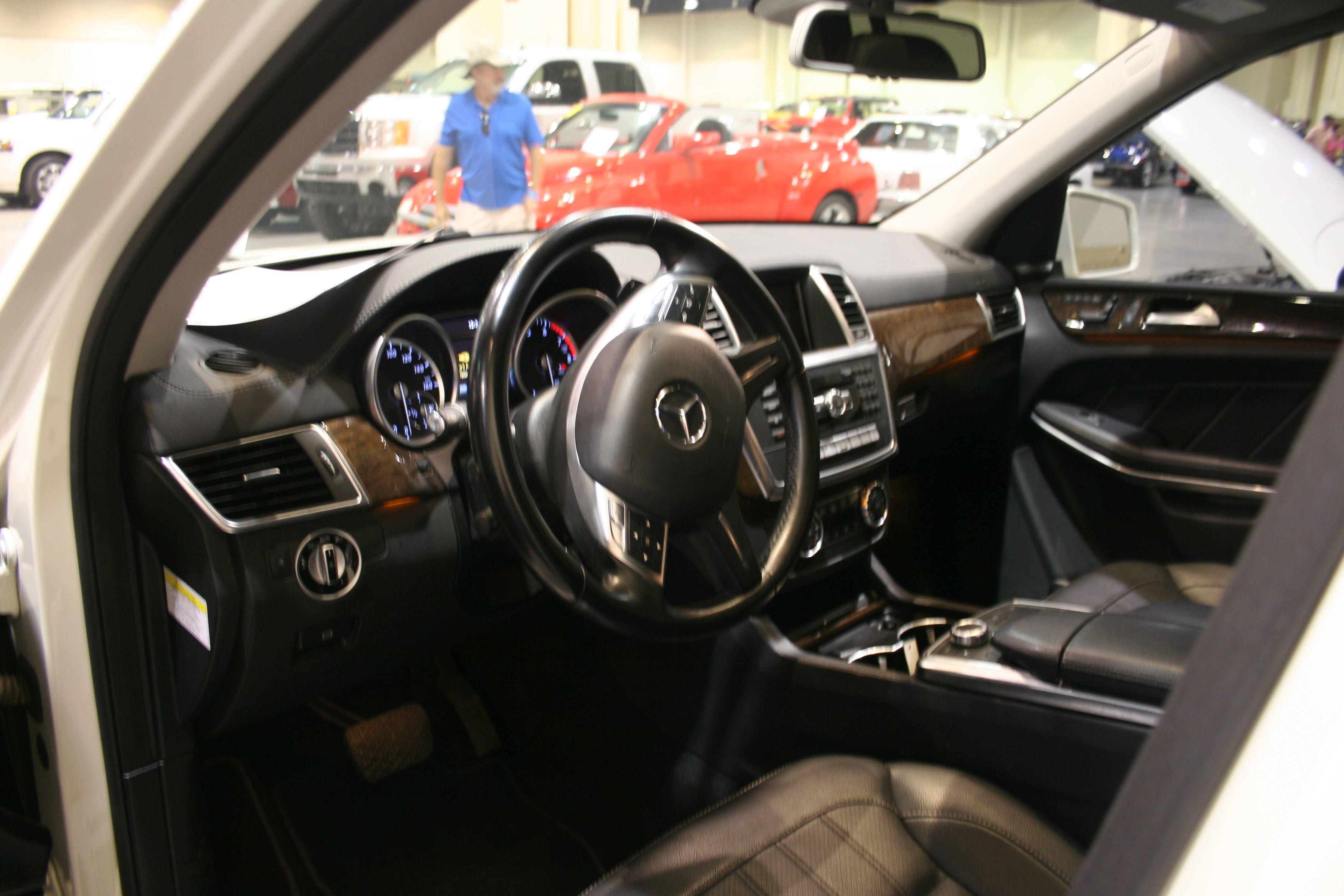 4th Image of a 2013 MERCEDES-BENZ GL-CLASS GL450 4MATIC