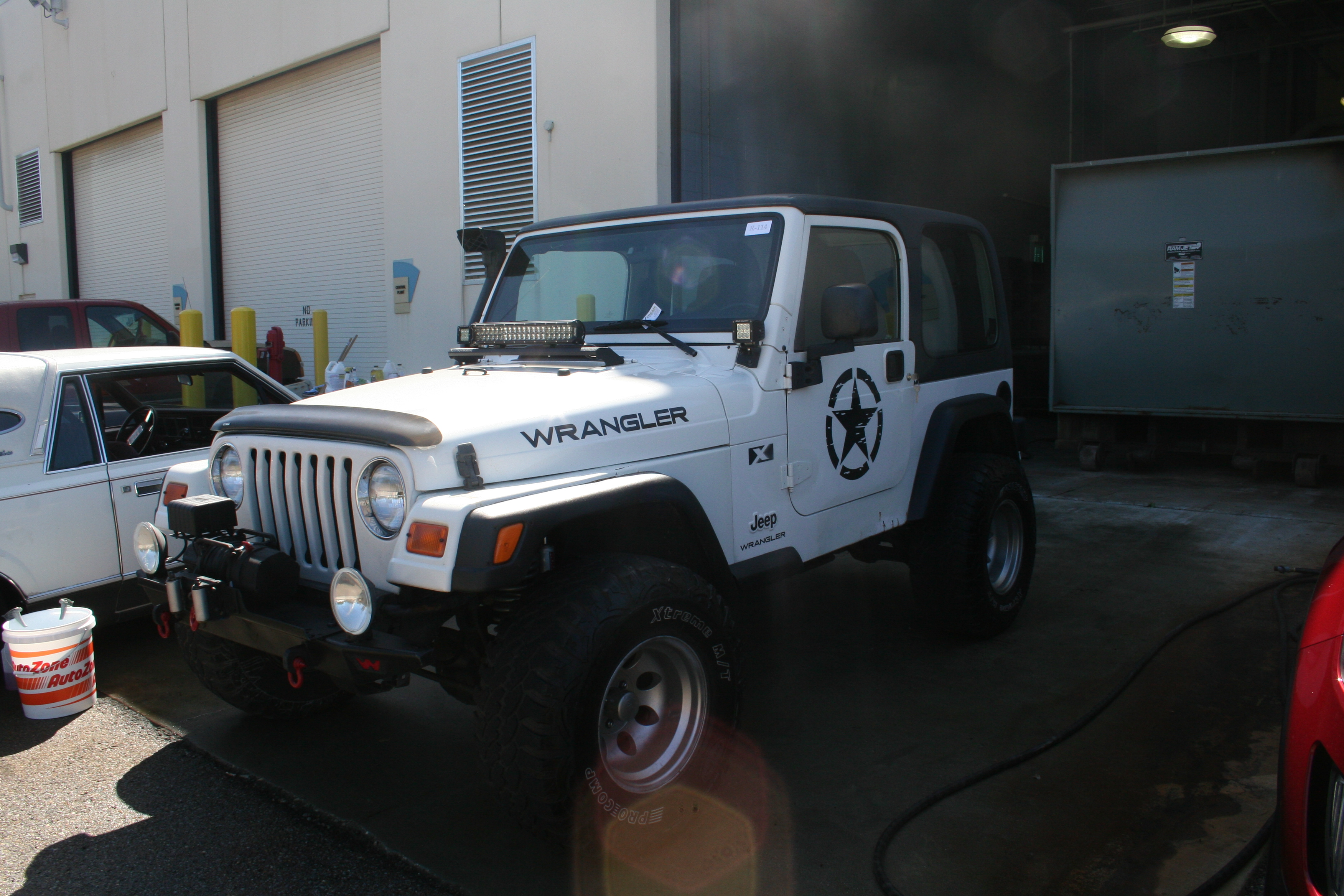 2nd Image of a 2003 JEEP WRANGLER