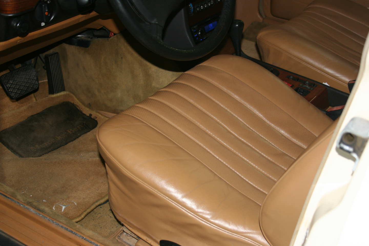 16th Image of a 1985 MERCEDES 300TD