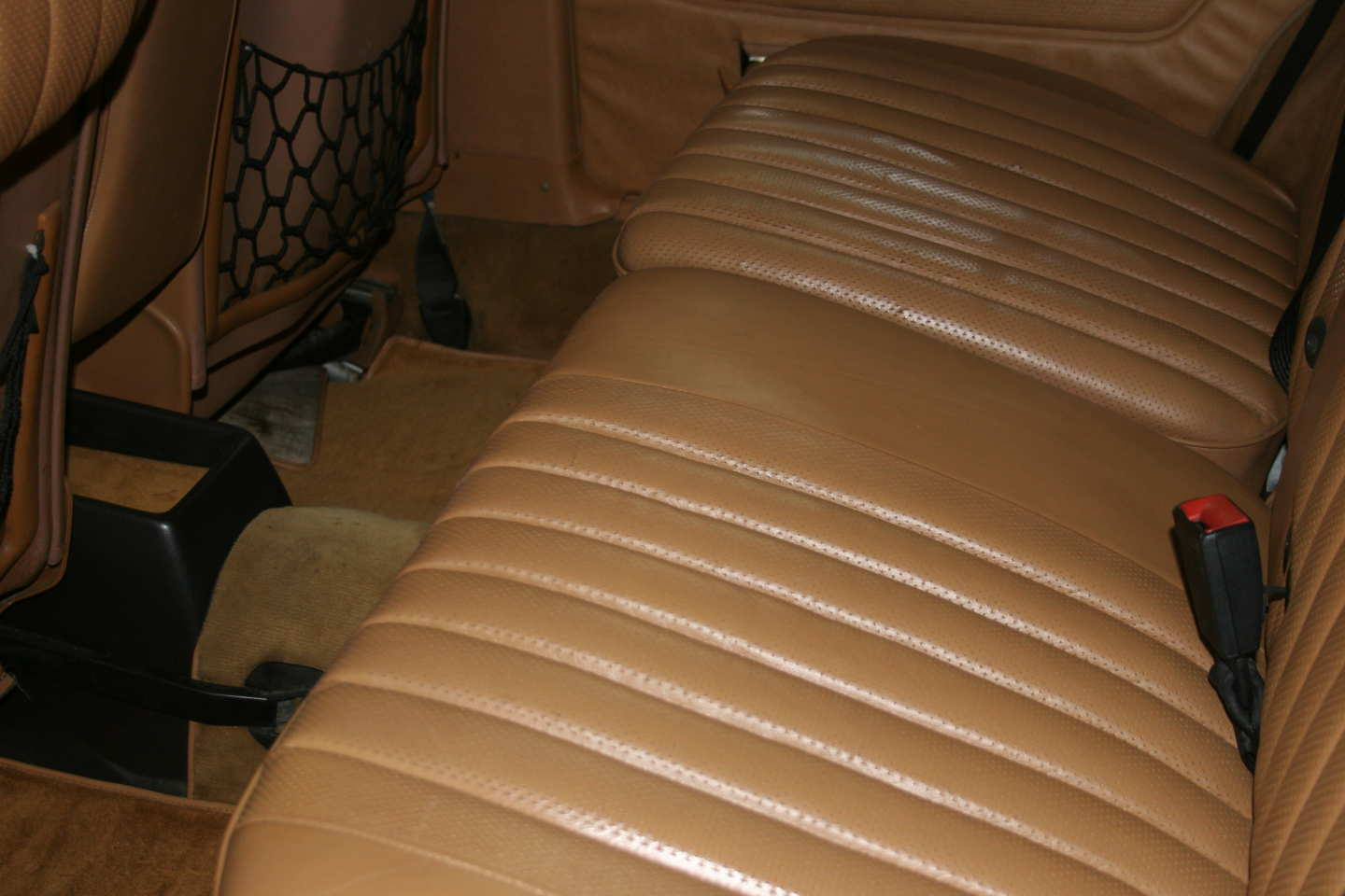 18th Image of a 1985 MERCEDES 300TD