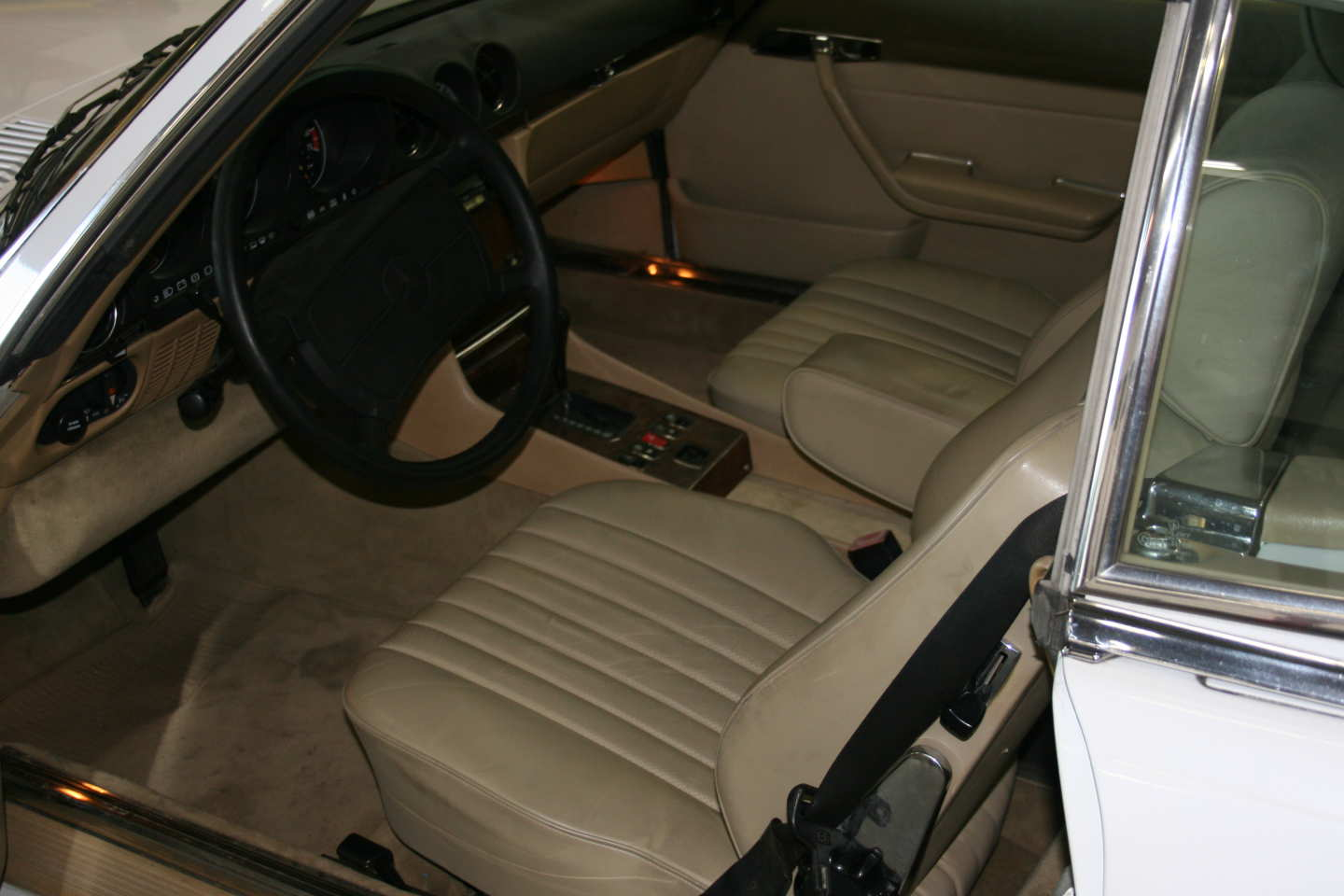 9th Image of a 1989 MERCEDES-BENZ 560 560SL