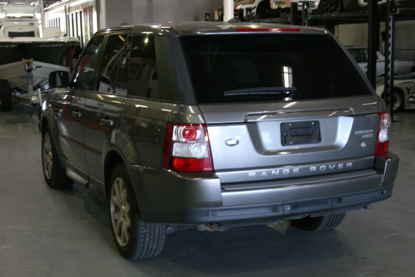 5th Image of a 2009 LAND ROVER RANGE ROVER SPORT HSE