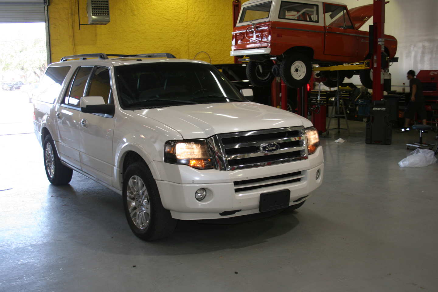 1st Image of a 2013 FORD EXPEDITION EL LIMITED