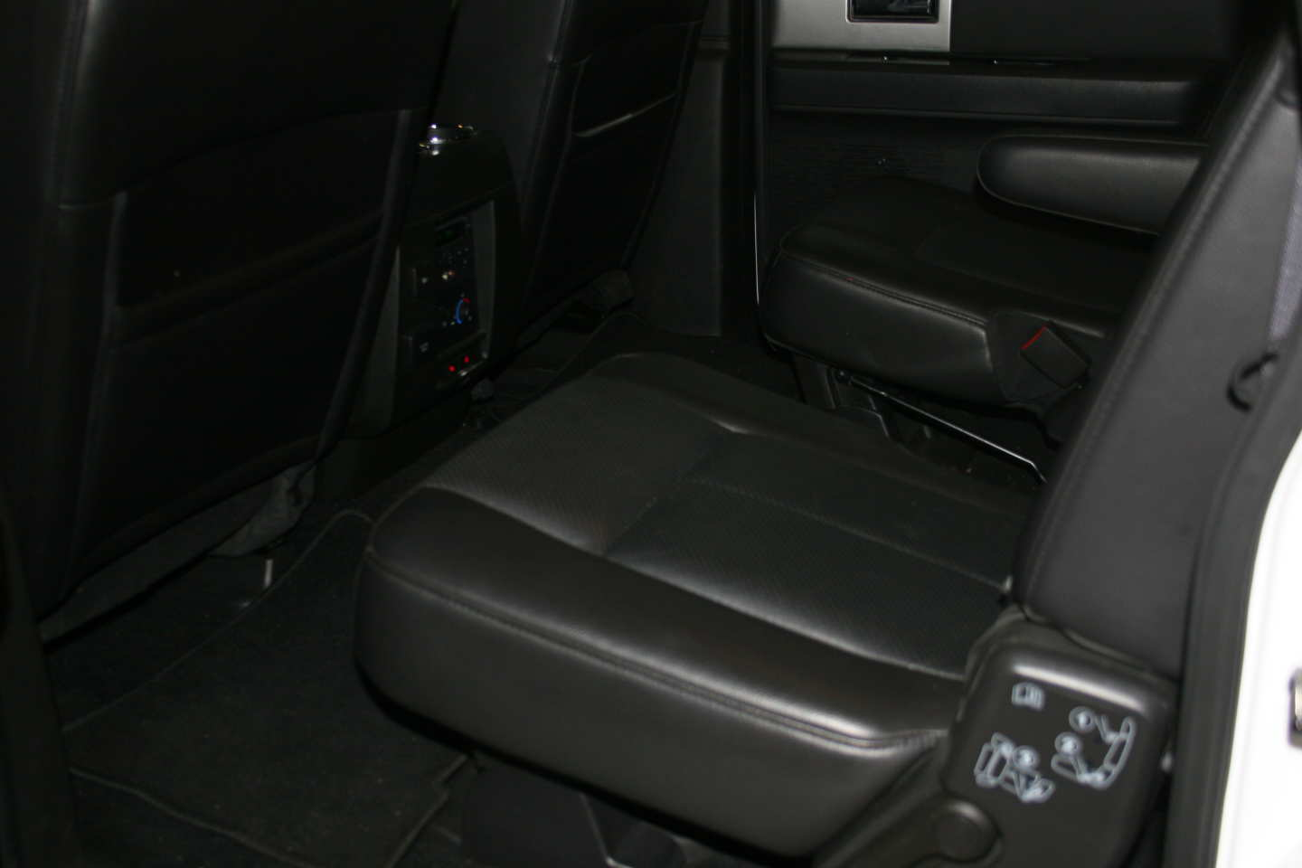 6th Image of a 2013 FORD EXPEDITION EL LIMITED