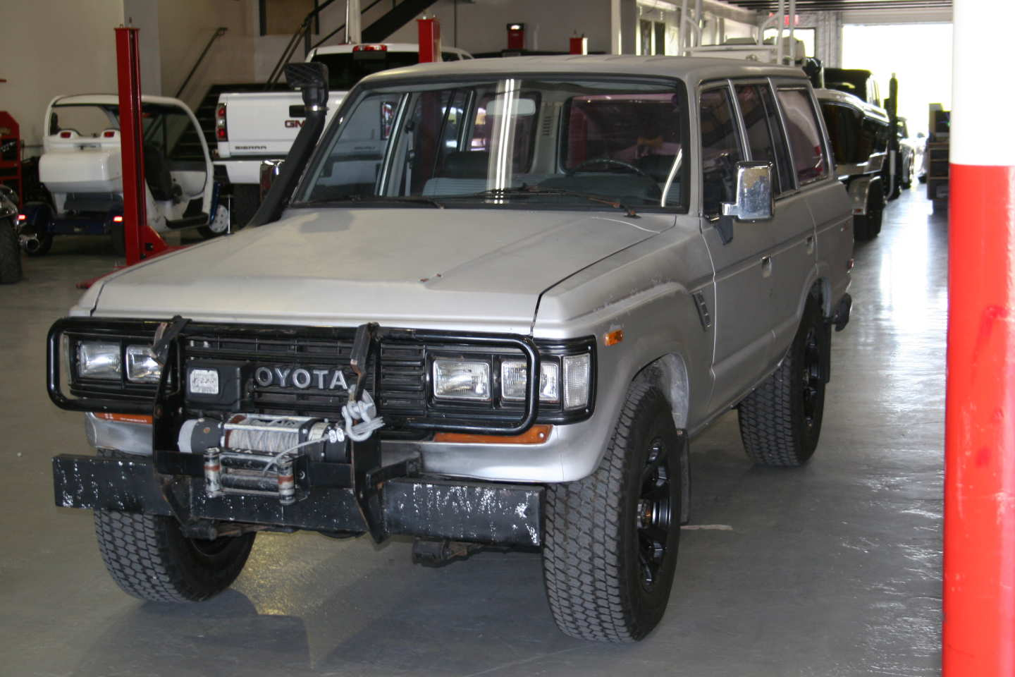 8th Image of a 1987 TOYOTA LAND CRUISER