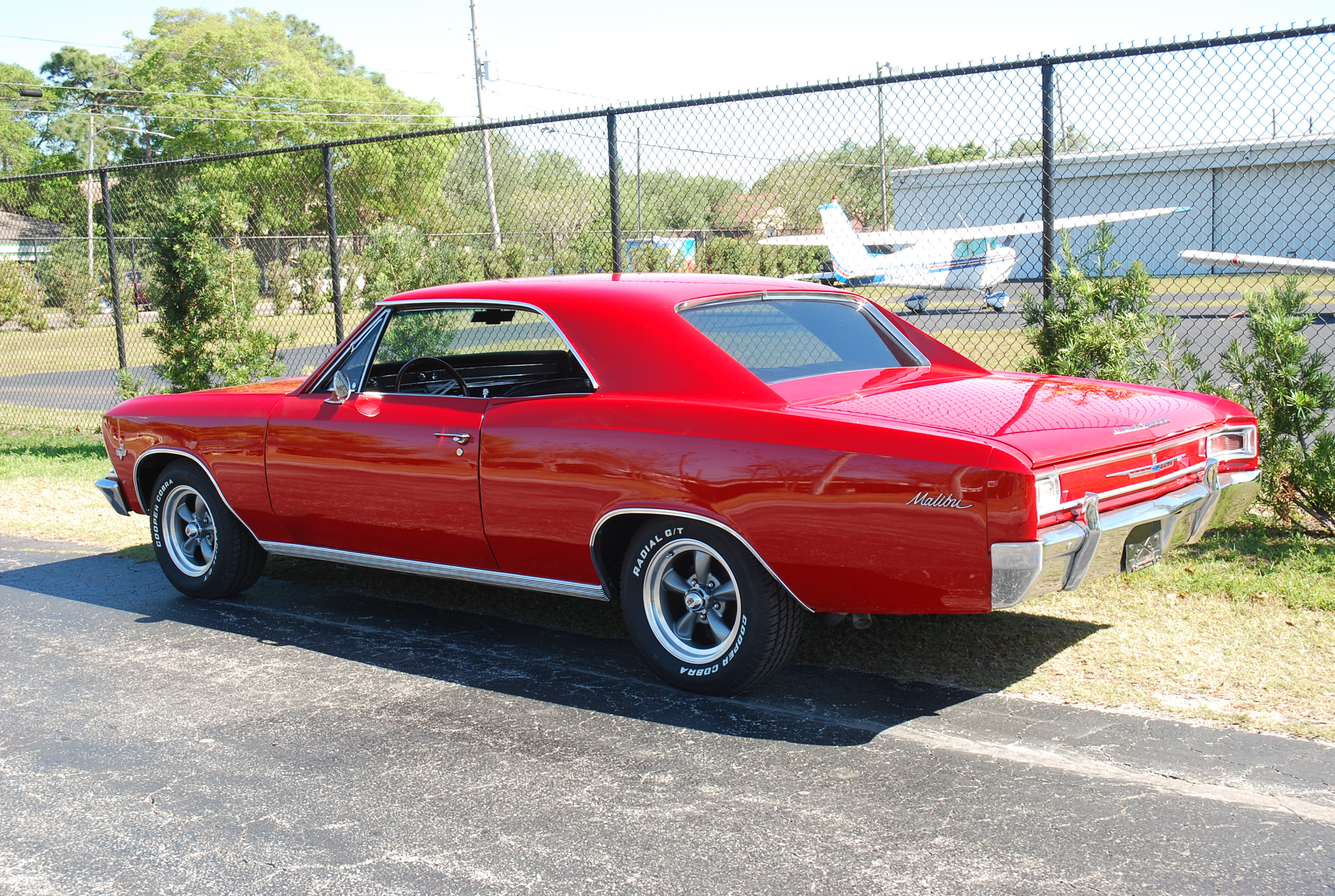 2nd Image of a 1966 CHEVROLET CHEVELLE MALIBU