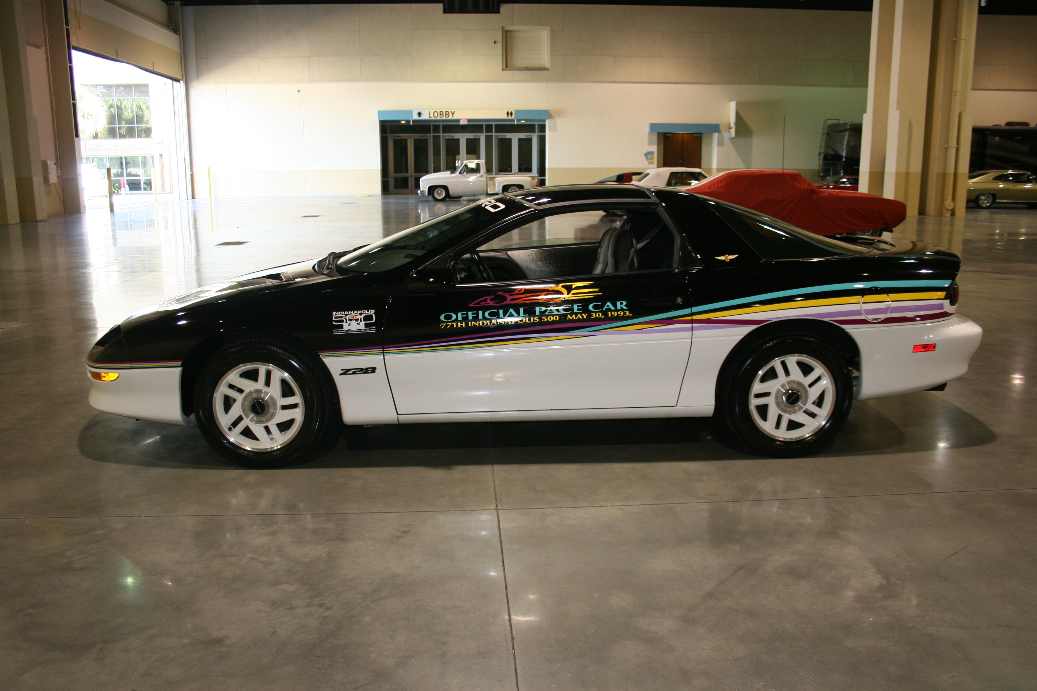 4th Image of a 1993 CHEVROLET CAMARO Z28