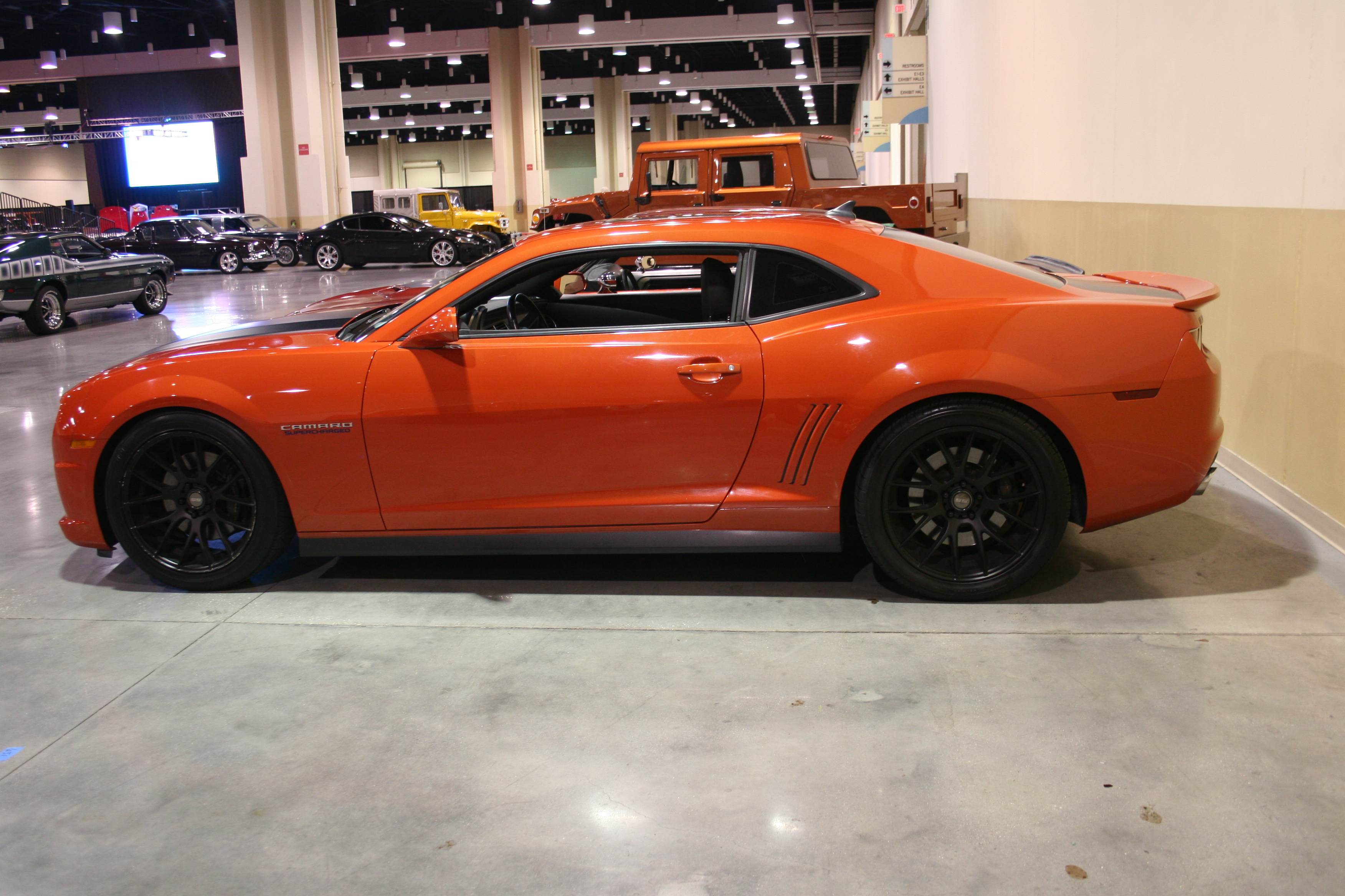 6th Image of a 2010 CHEVROLET CAMARO 2SS