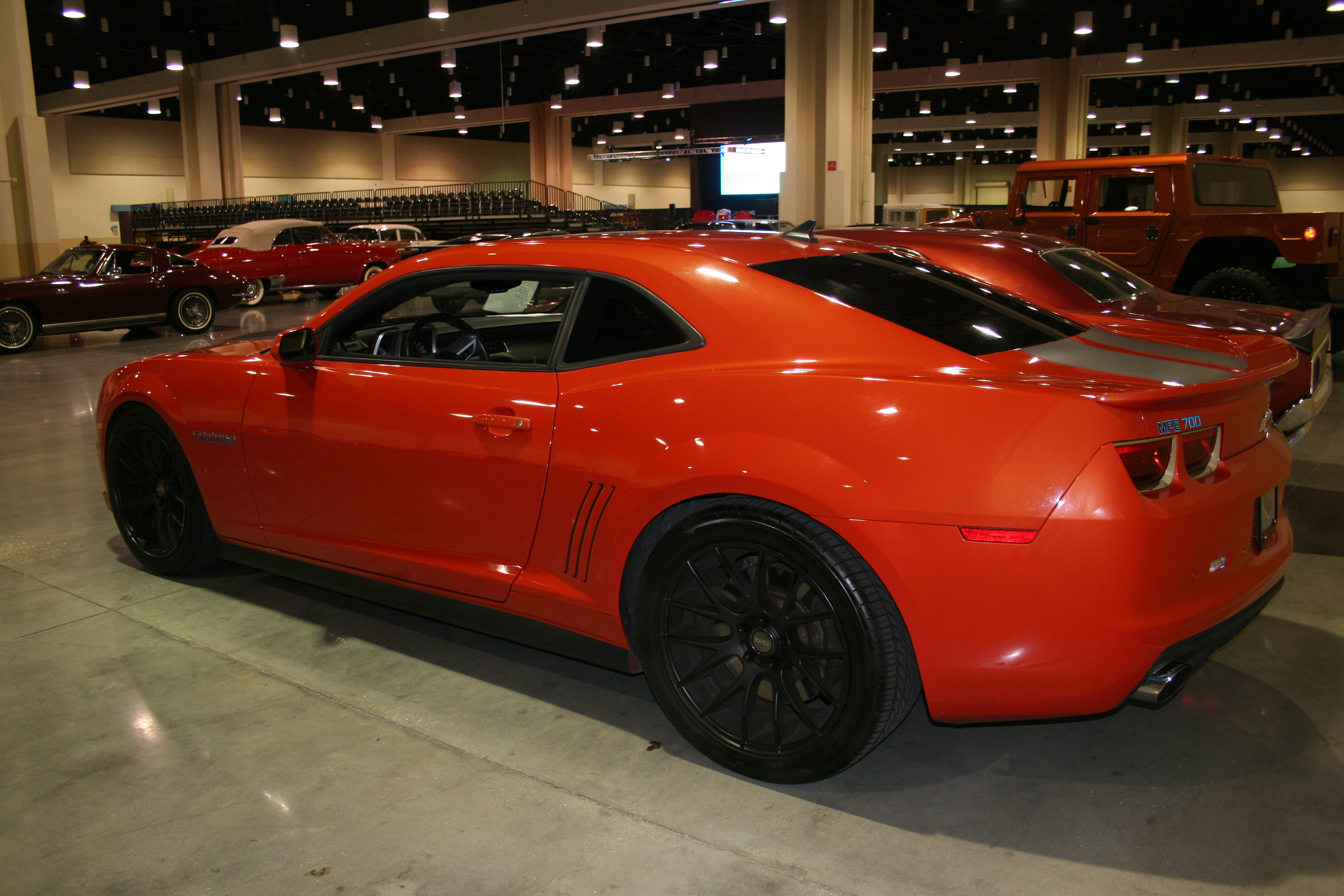 7th Image of a 2010 CHEVROLET CAMARO 2SS