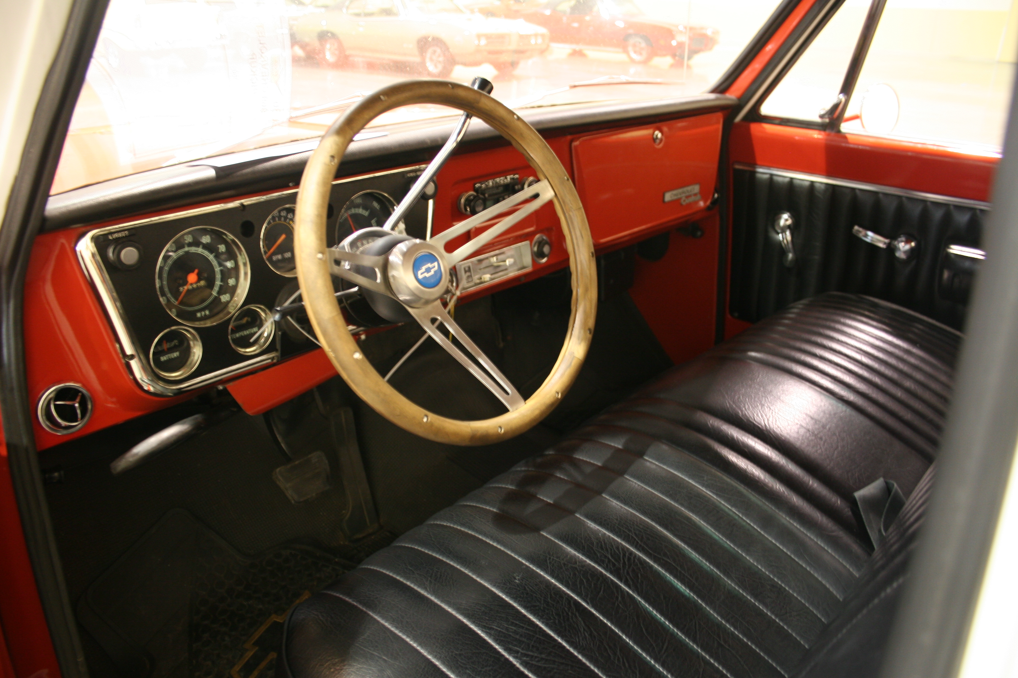 3rd Image of a 1969 CHEVROLET PICKUP