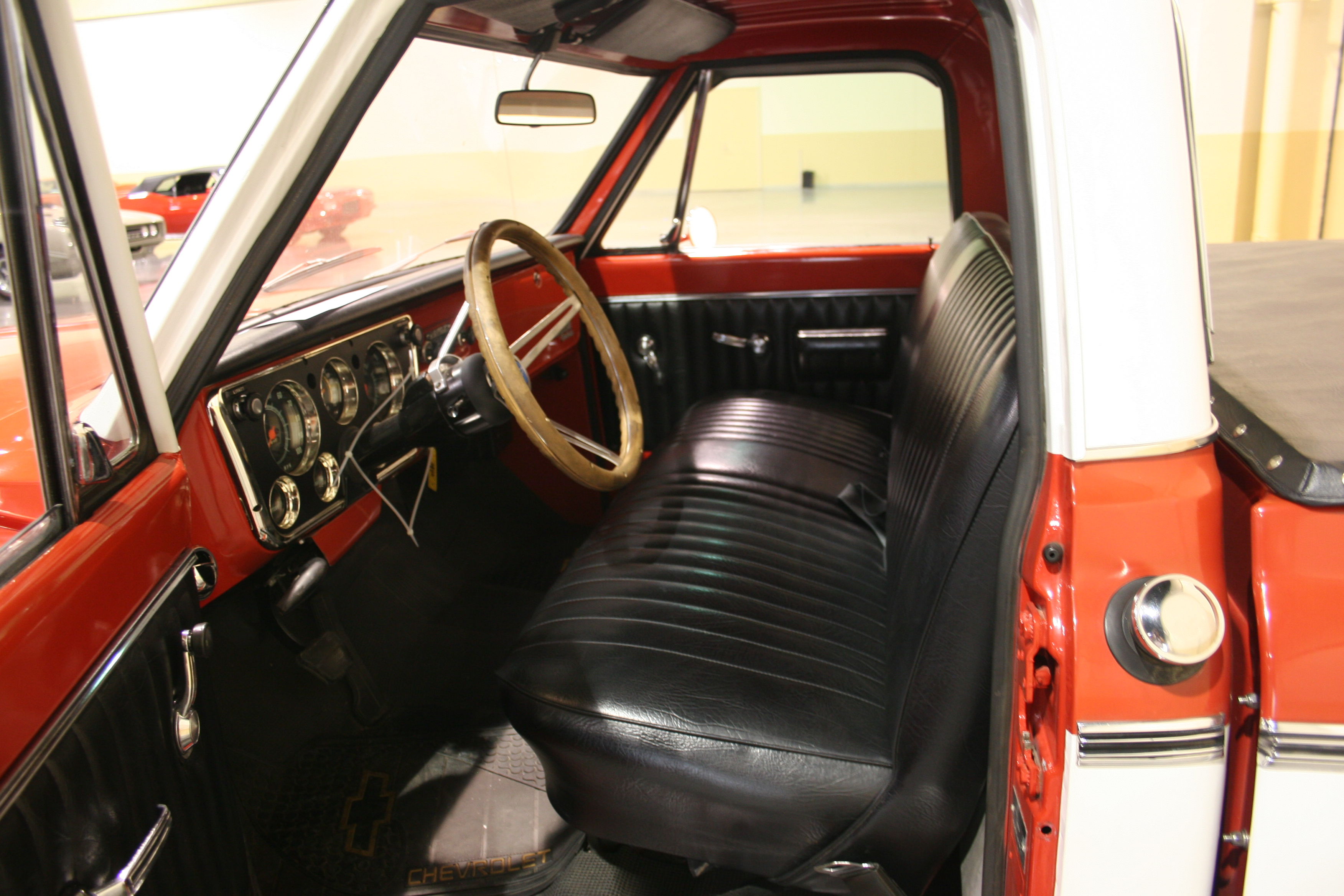 4th Image of a 1969 CHEVROLET PICKUP