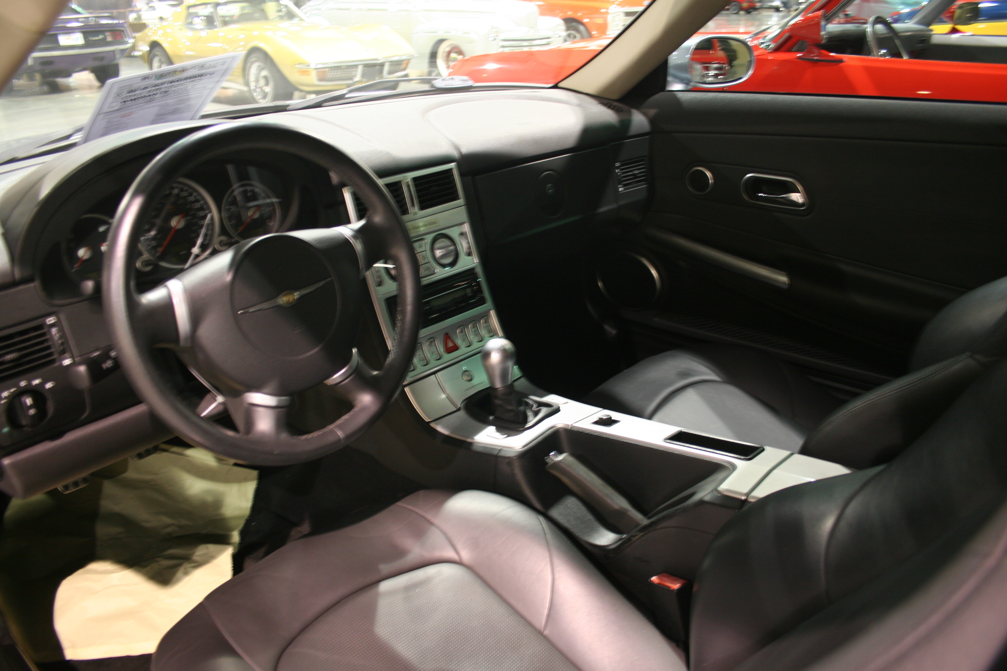 3rd Image of a 2004 CHRYSLER CROSSFIRE LHD