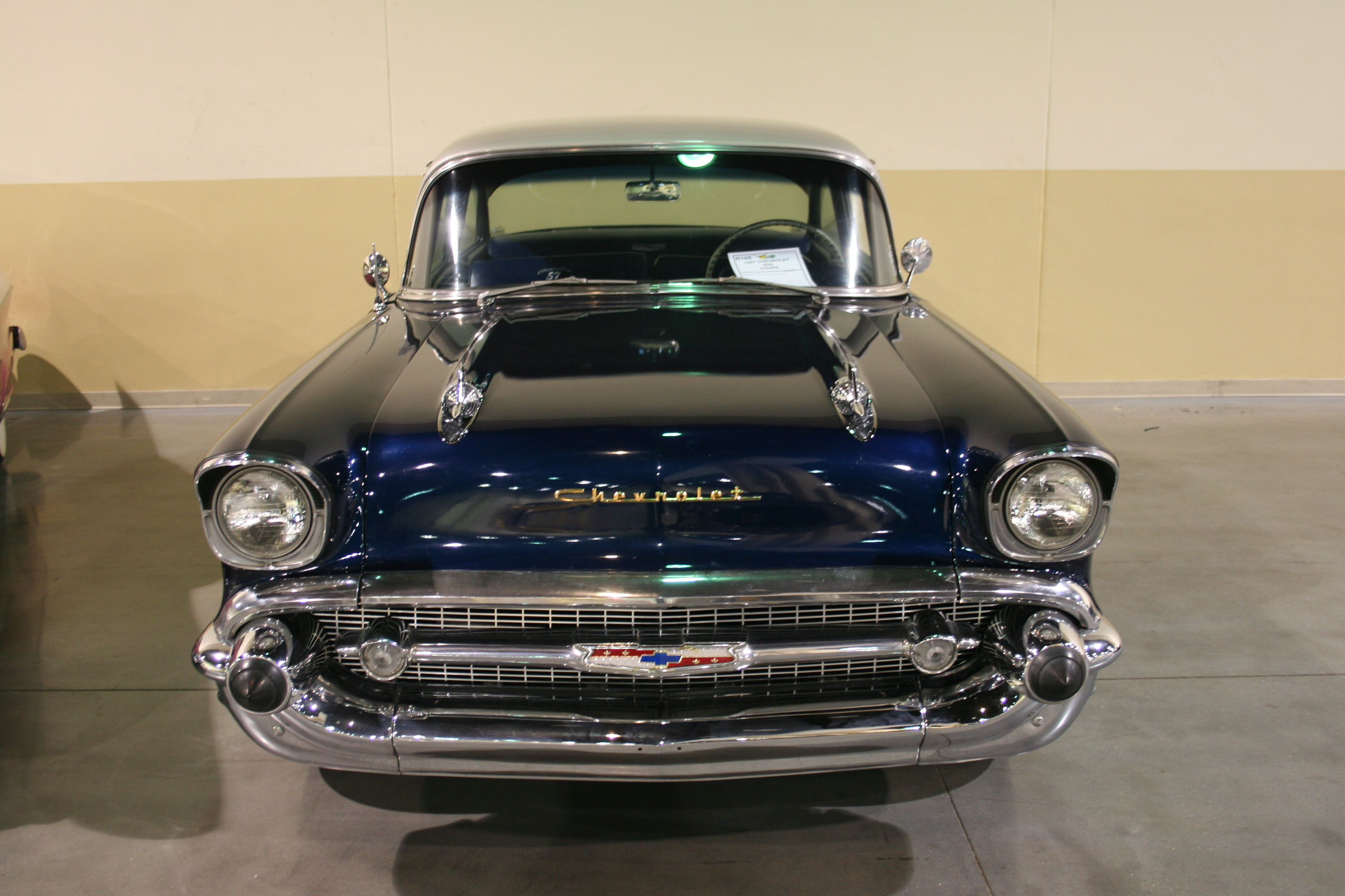 2nd Image of a 1957 CHEVROLET 2DS