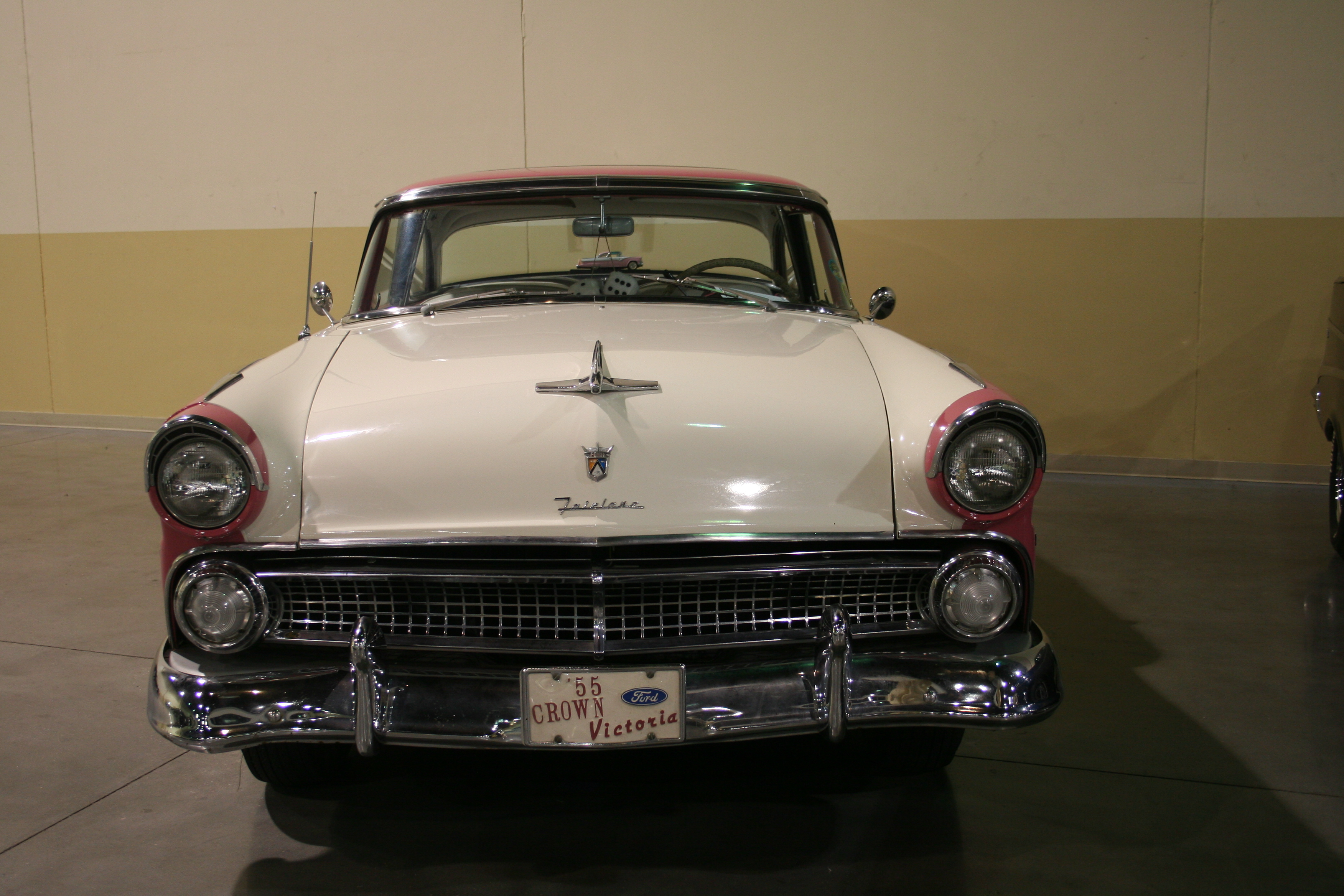 2nd Image of a 1955 FORD FAIRLANE