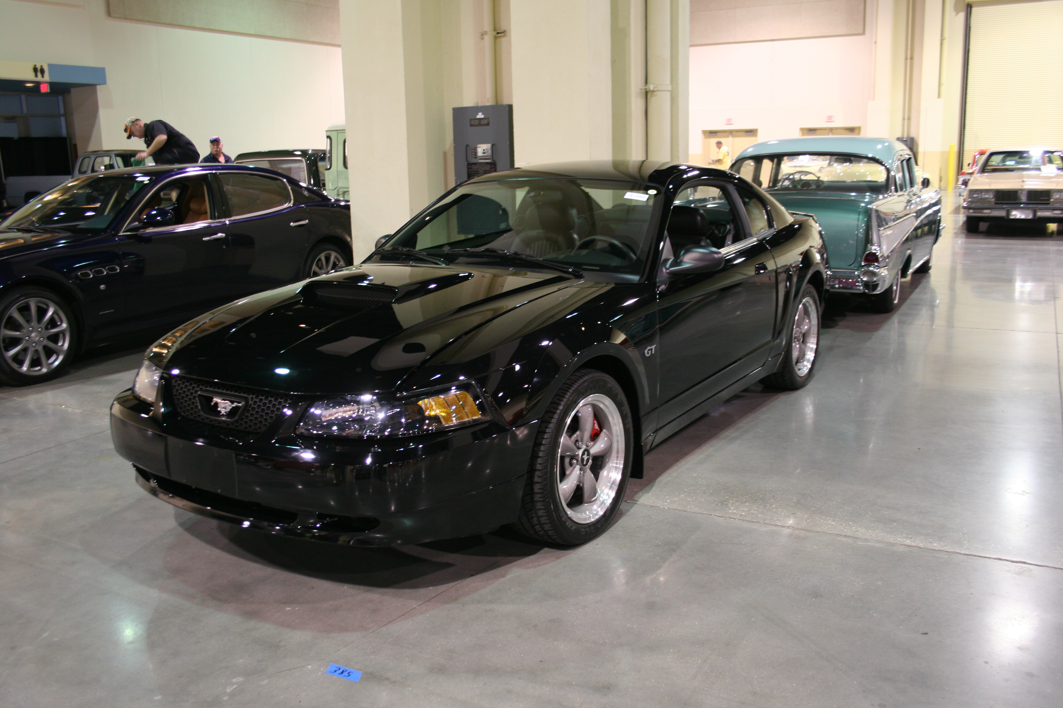 2nd Image of a 2001 FORD MUSTANG GT