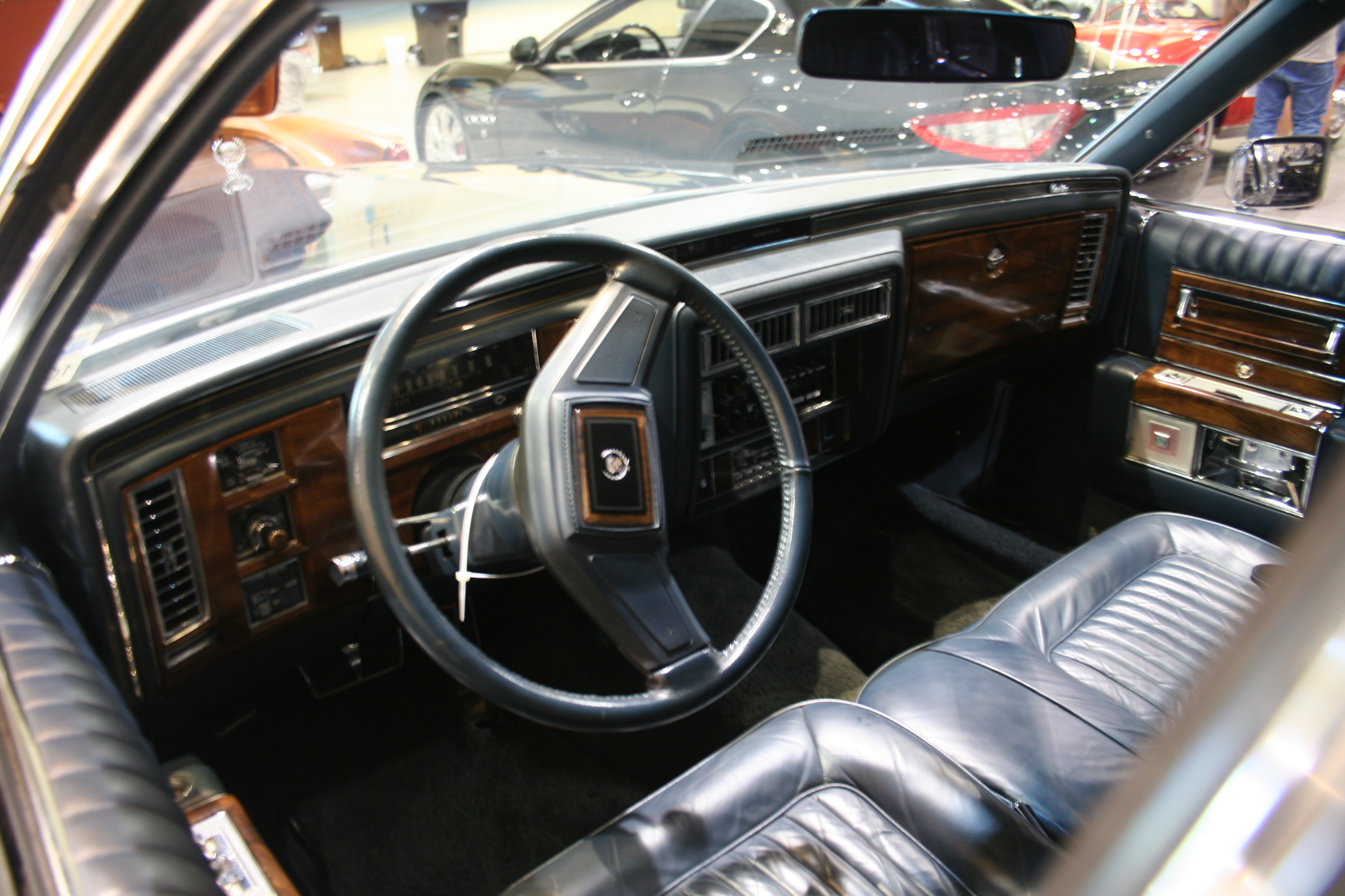3rd Image of a 1989 CADILLAC BROUGHAM