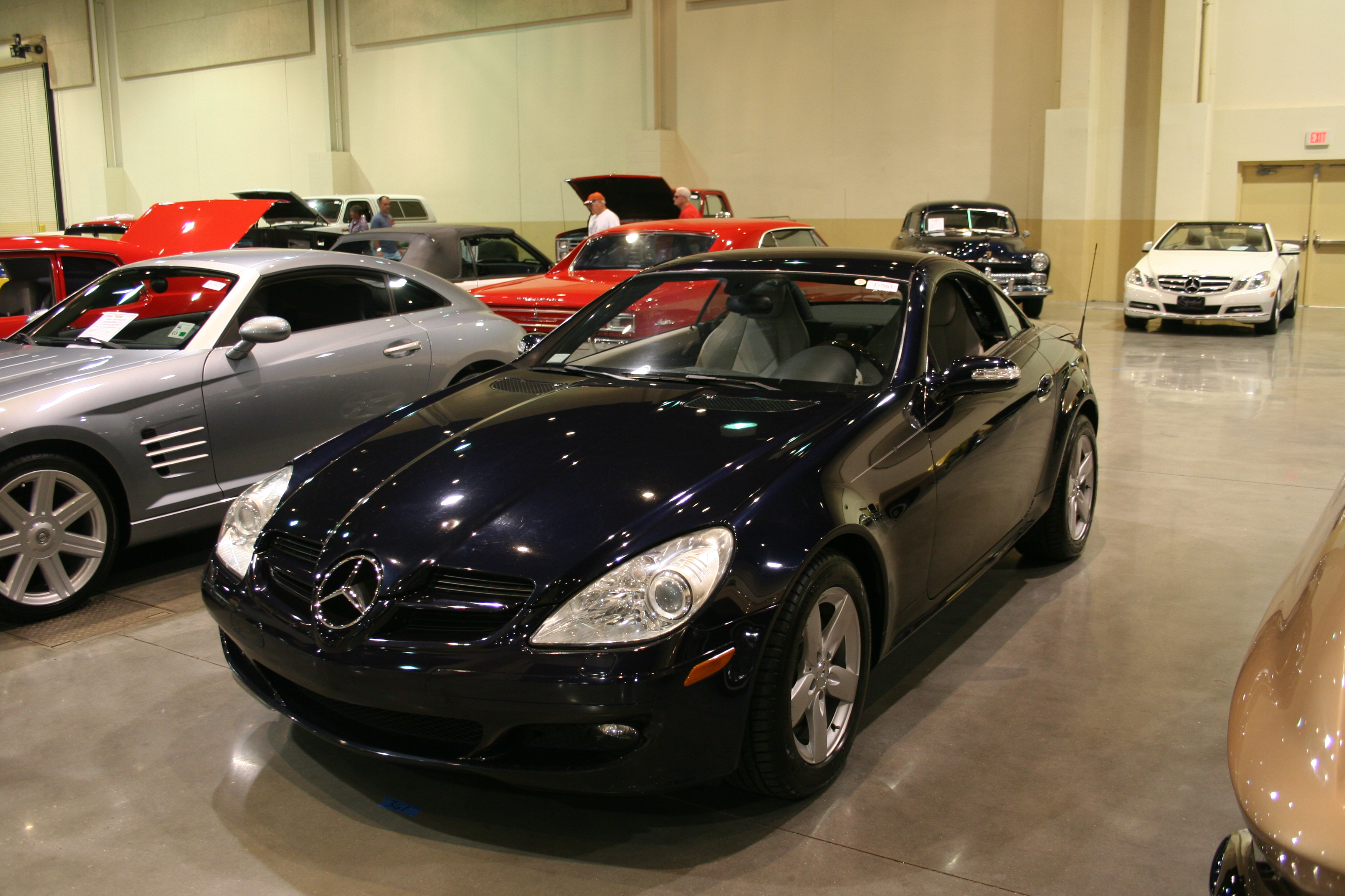 2nd Image of a 2006 MERCEDES-BENZ SLK-CLASS