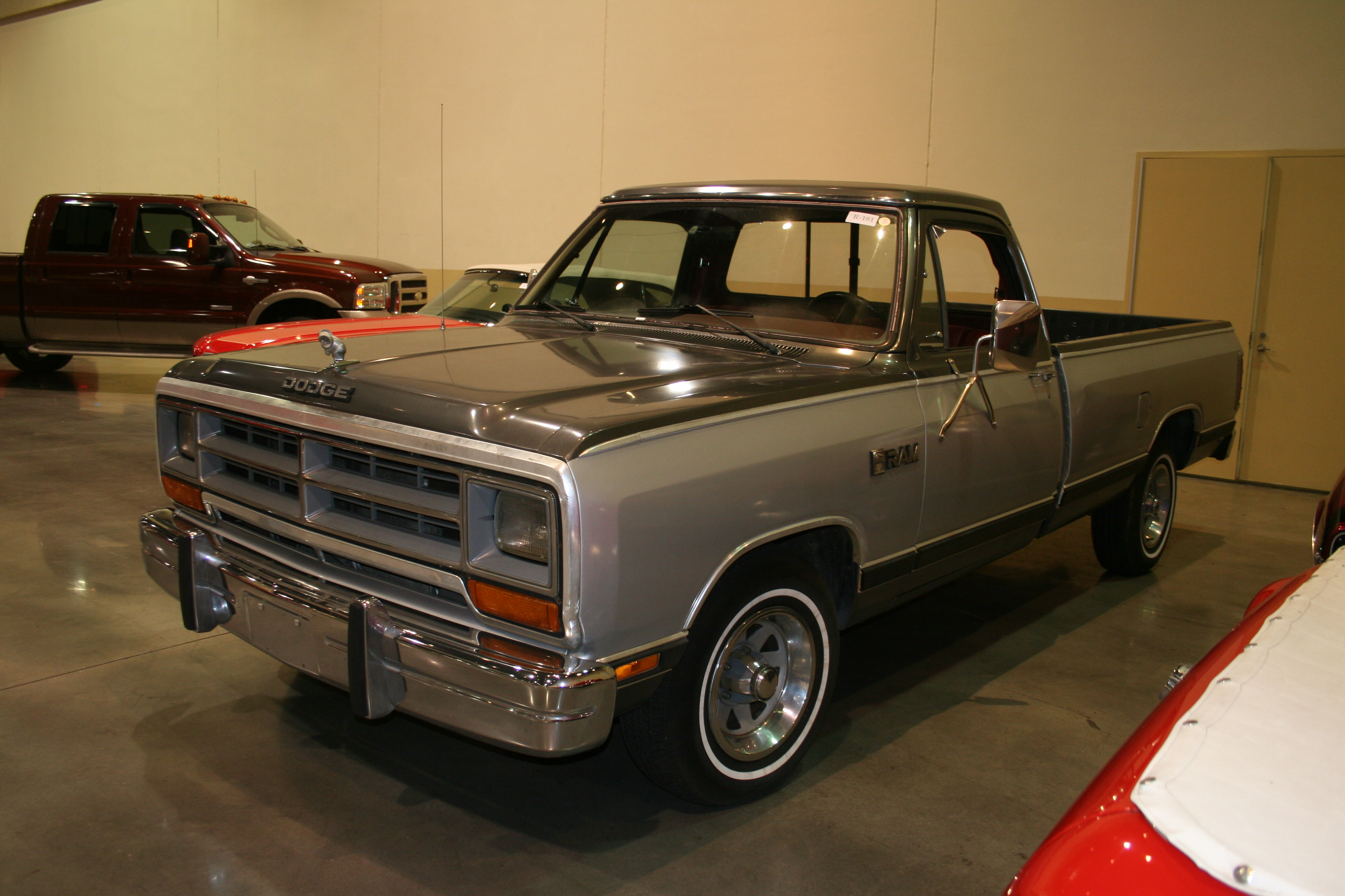 2nd Image of a 1986 DODGE D150 PICKUP 1/2 TON
