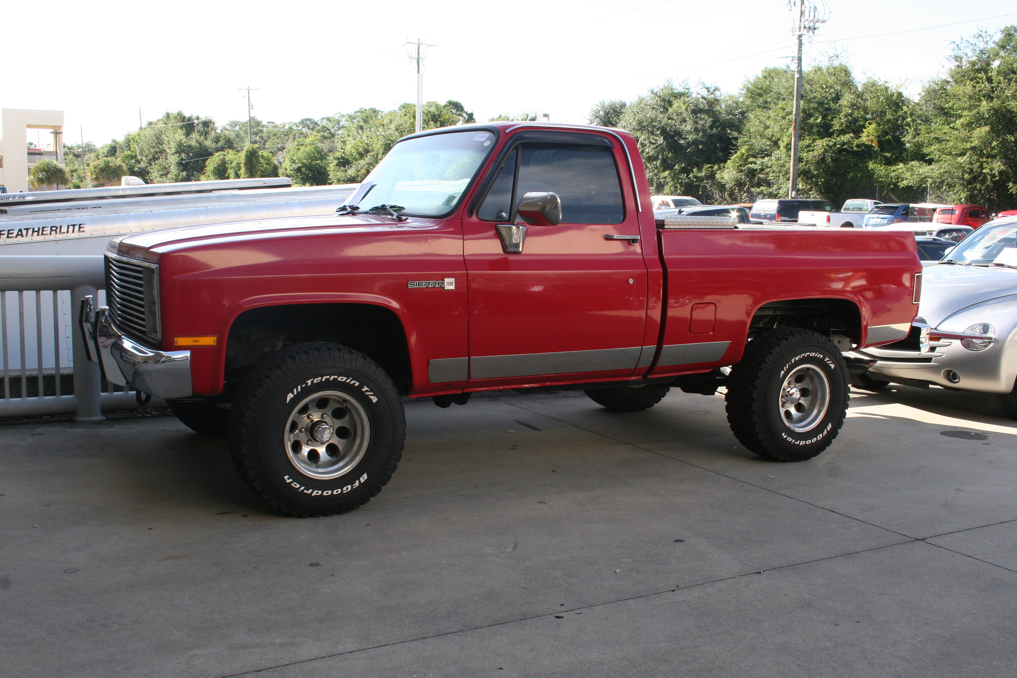 2nd Image of a 1986 GMC K1500