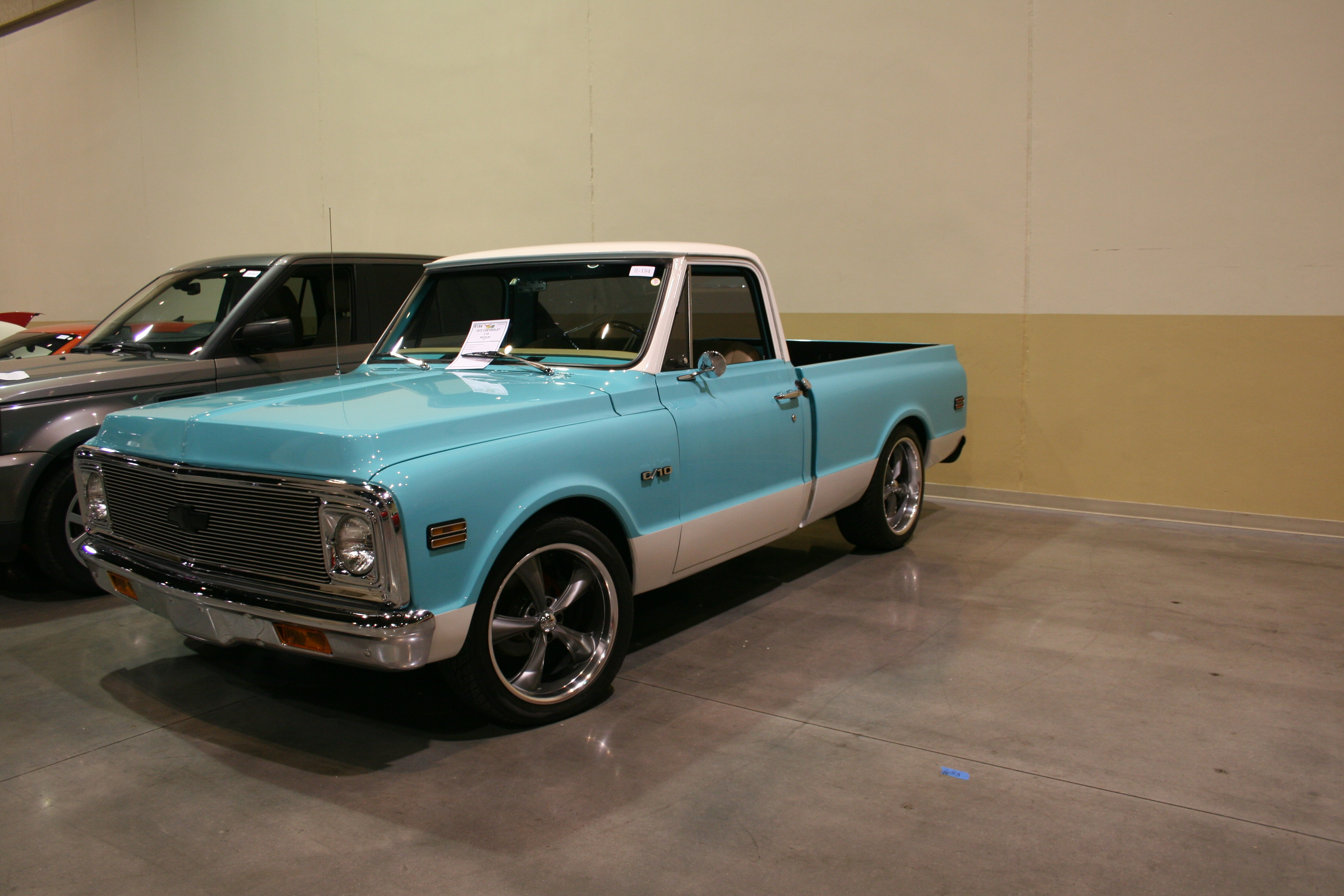 2nd Image of a 1972 CHEVROLET C10