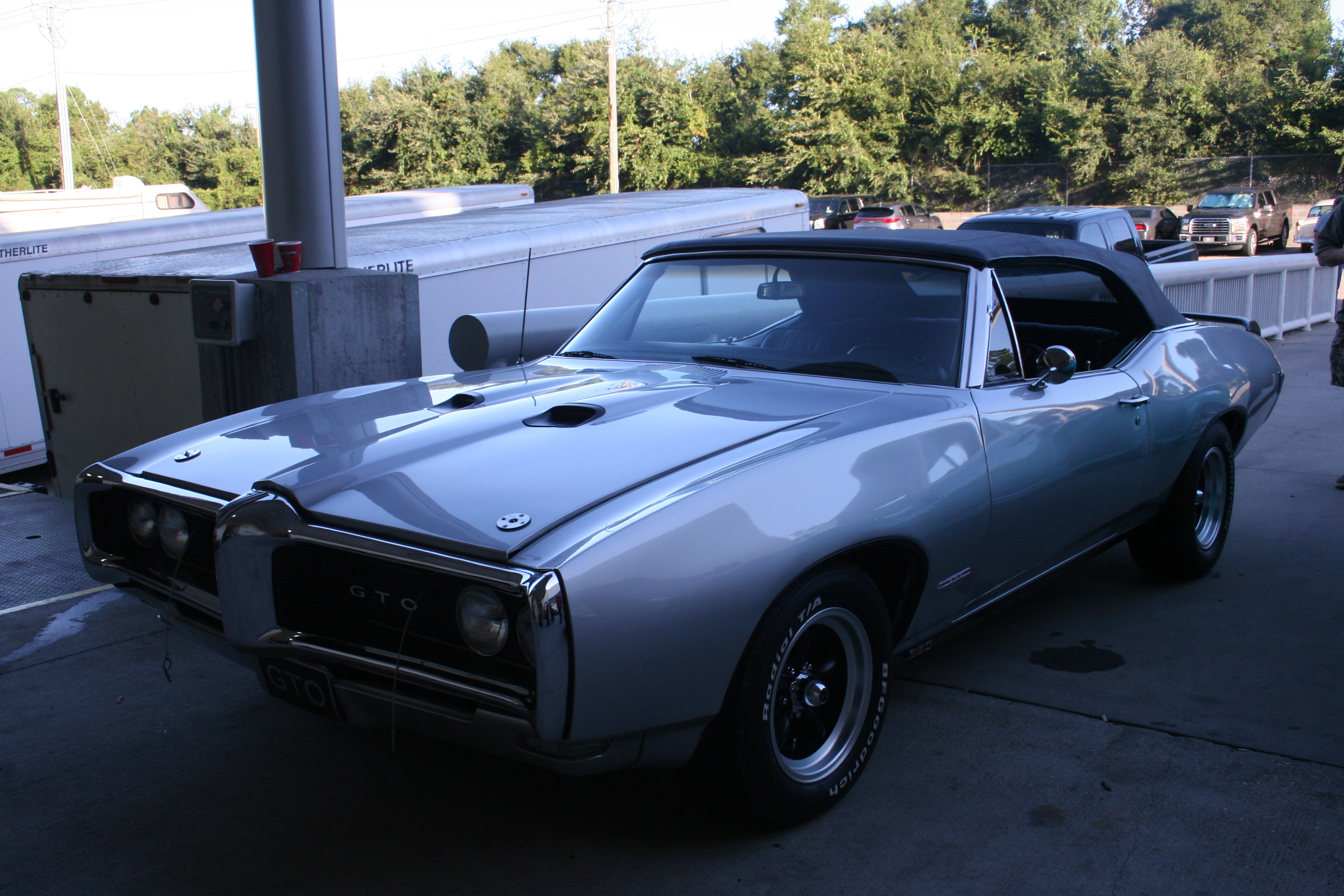 2nd Image of a 1968 PONTIAC RESTO MOD