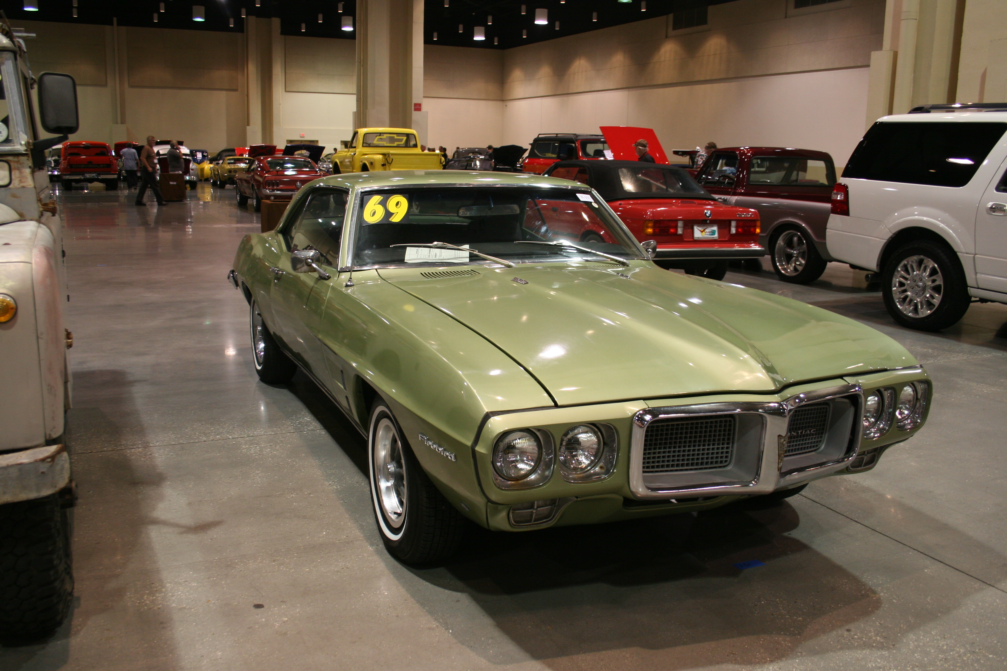 2nd Image of a 1969 PONTIAC FIREBIRD