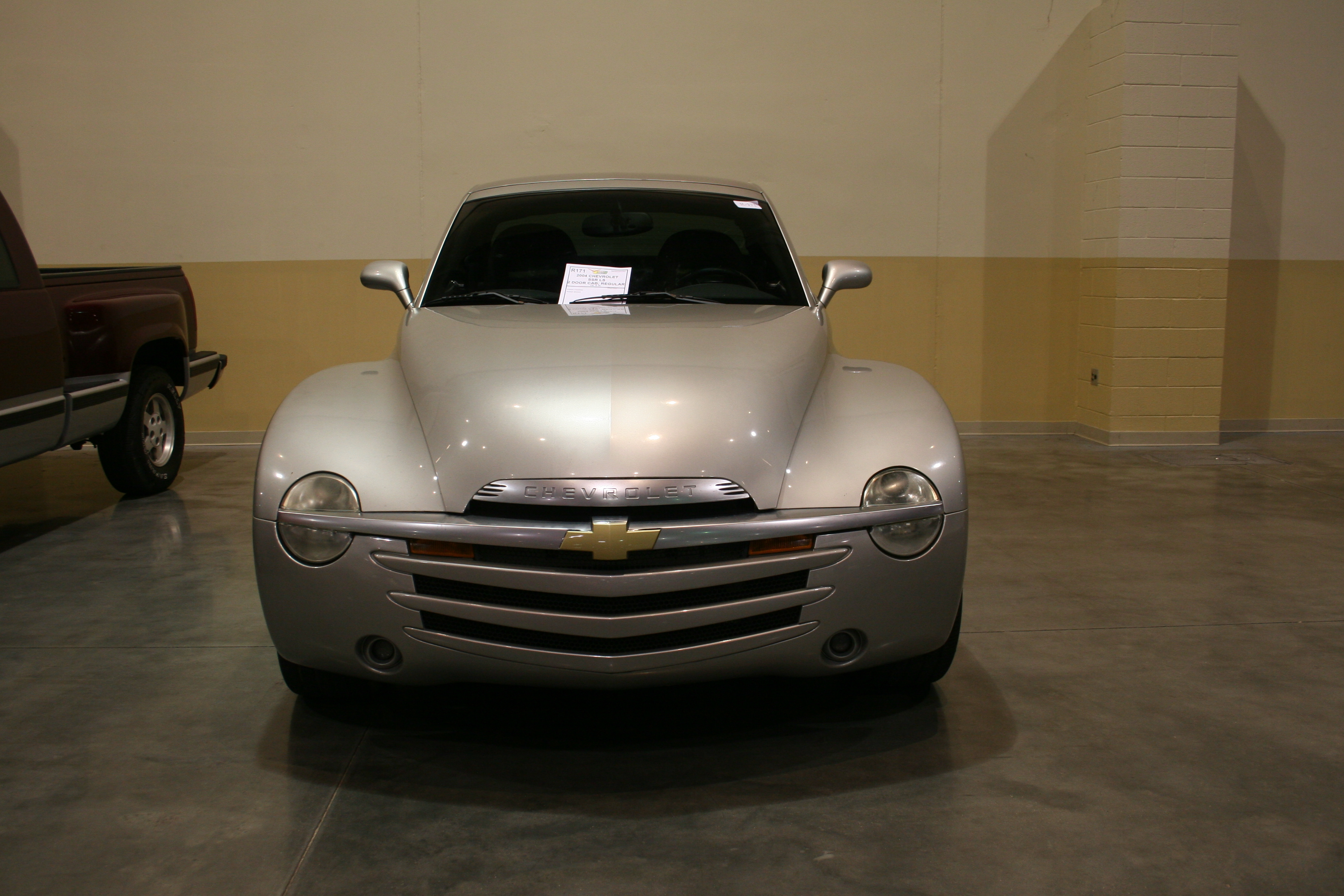 1st Image of a 2004 CHEVROLET SSR LS