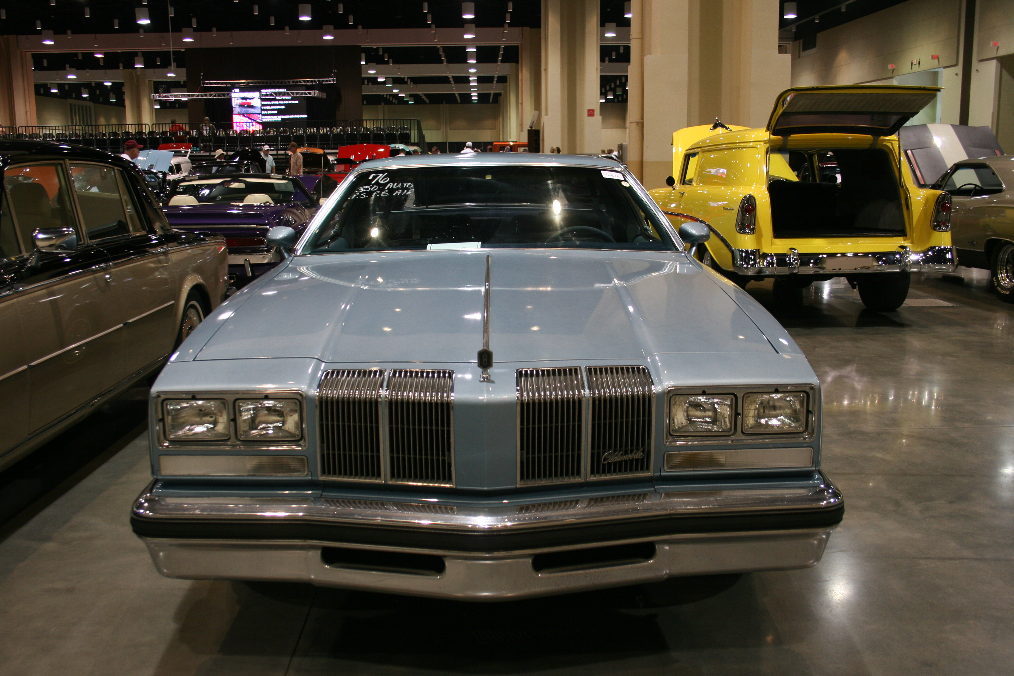 1st Image of a 1976 OLDSMOBILE CUTLASS