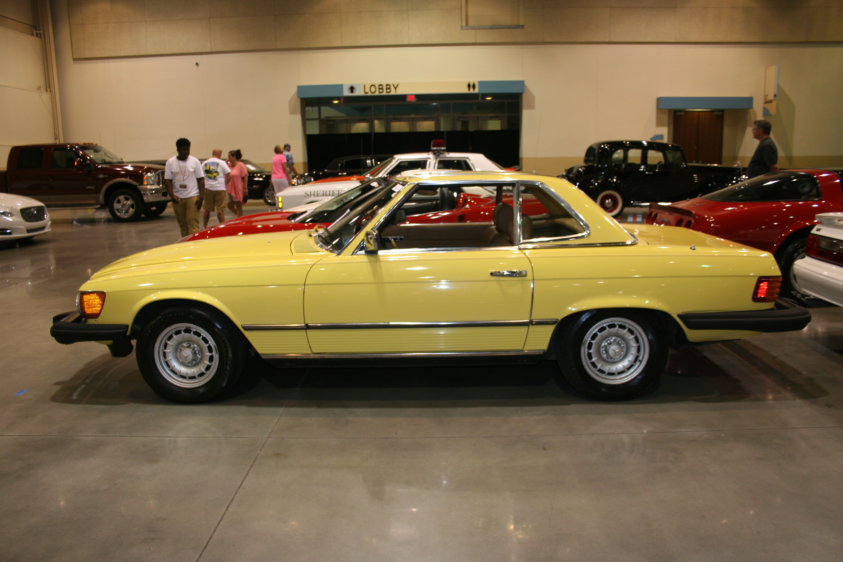 5th Image of a 1981 MERCEDES-BENZ 380SL