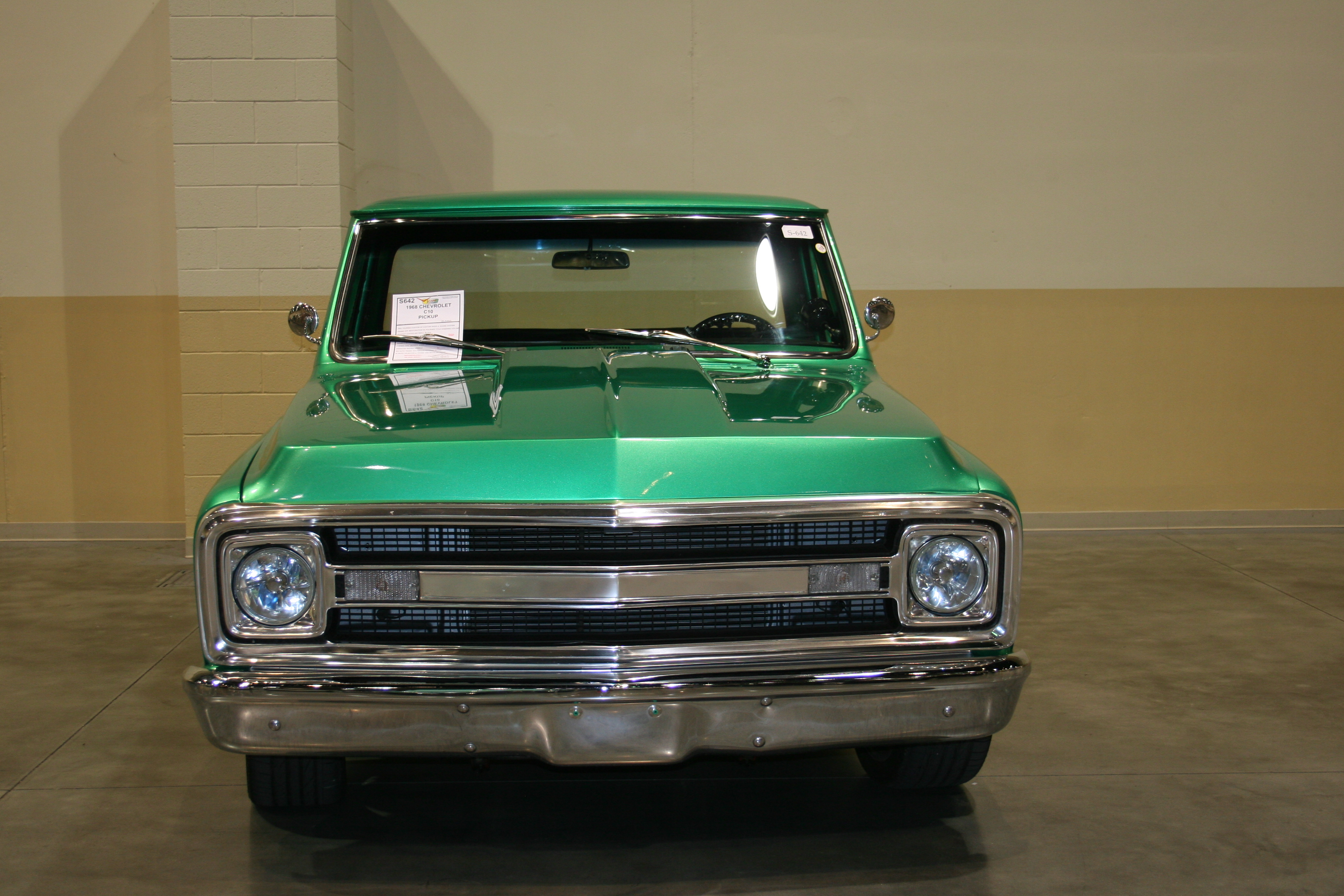 1st Image of a 1968 CHEVROLET C10