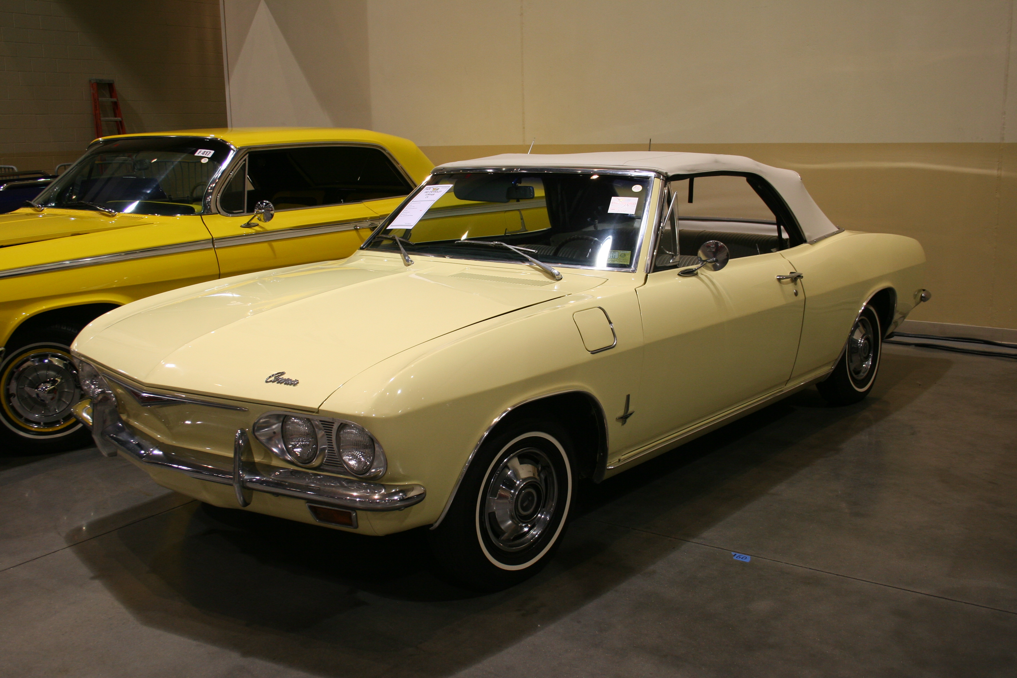 2nd Image of a 1965 CHEVROLET CORVAIR