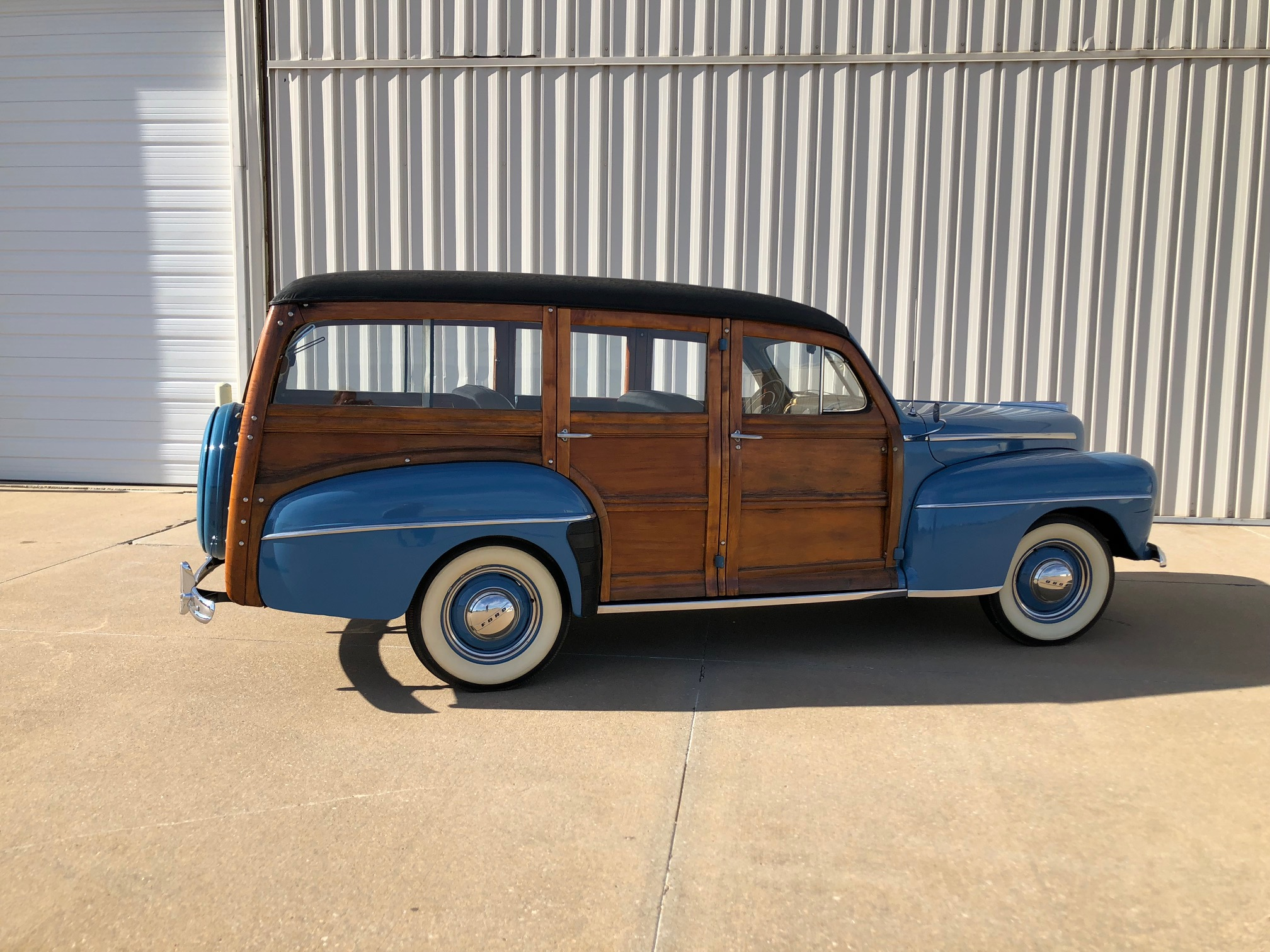 1st Image of a 1947 FORD SUPER DELUXE WOODY