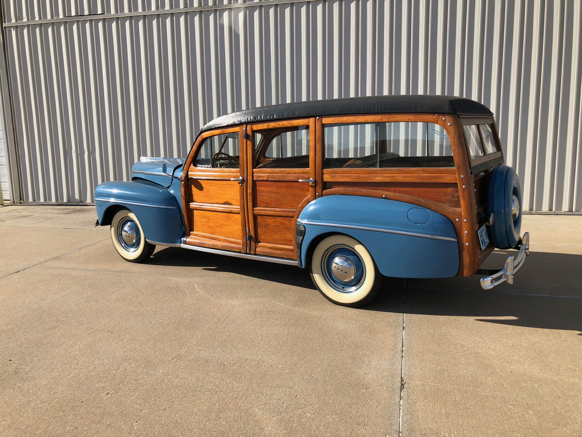 15th Image of a 1947 FORD SUPER DELUXE WOODY