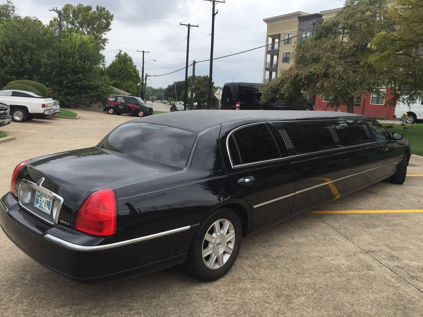 5th Image of a 2007 LINCOLN TOWN CAR EXECUTIVE