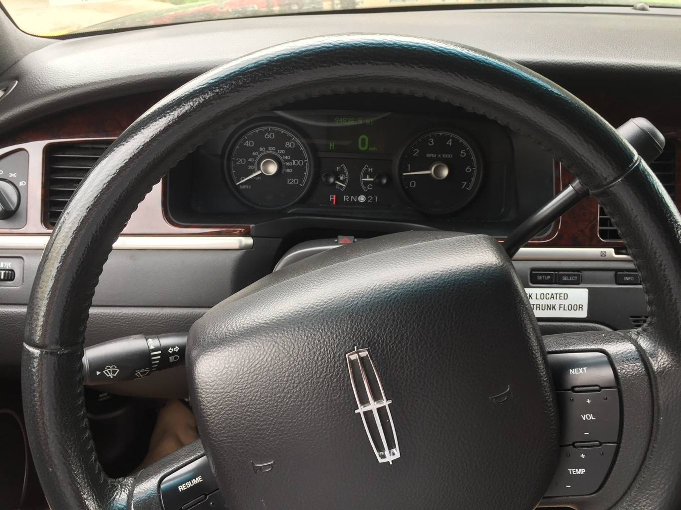 10th Image of a 2007 LINCOLN TOWN CAR EXECUTIVE