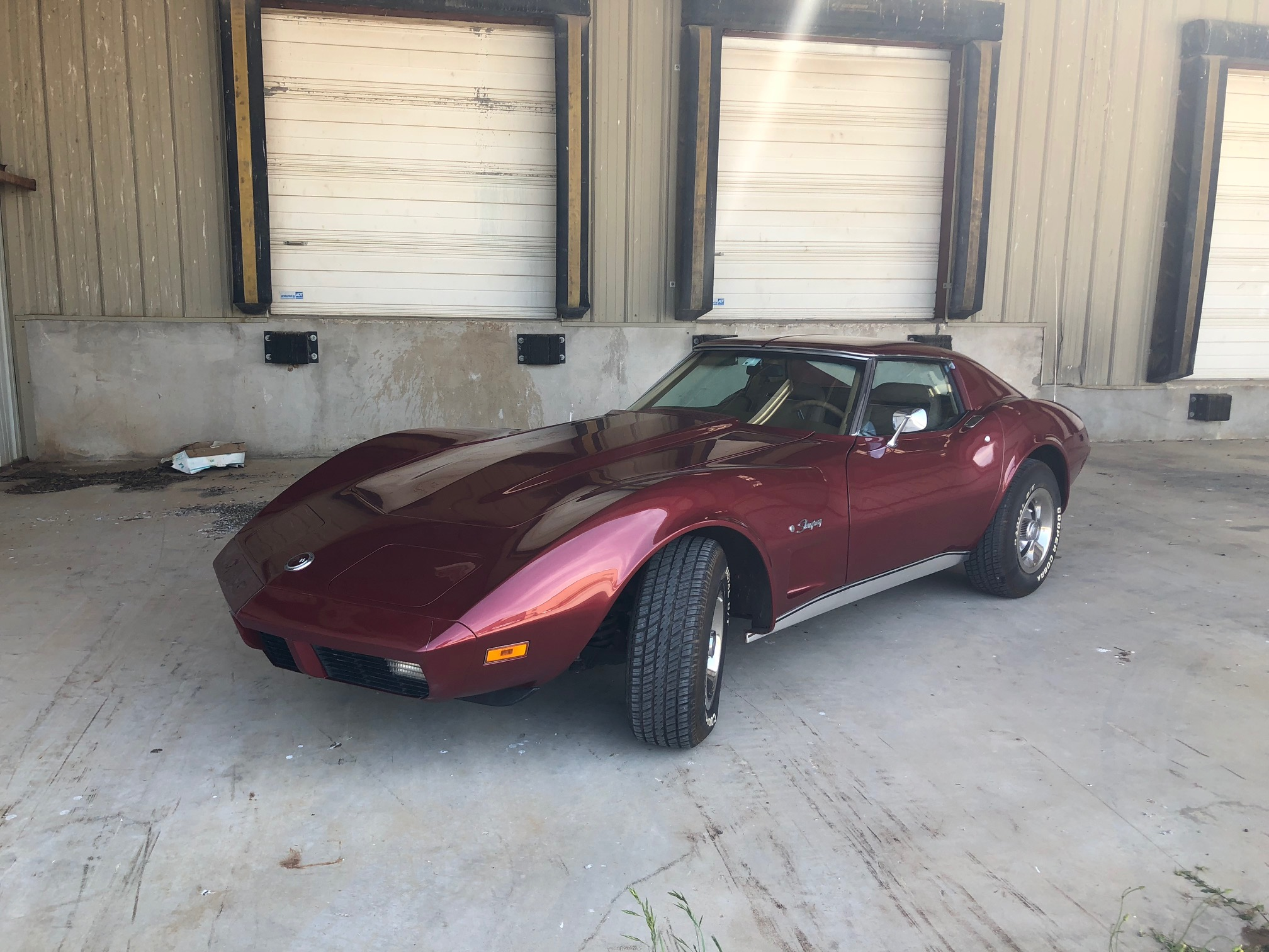 2nd Image of a 1974 CHEVROLET CORVETTE STINGRAY