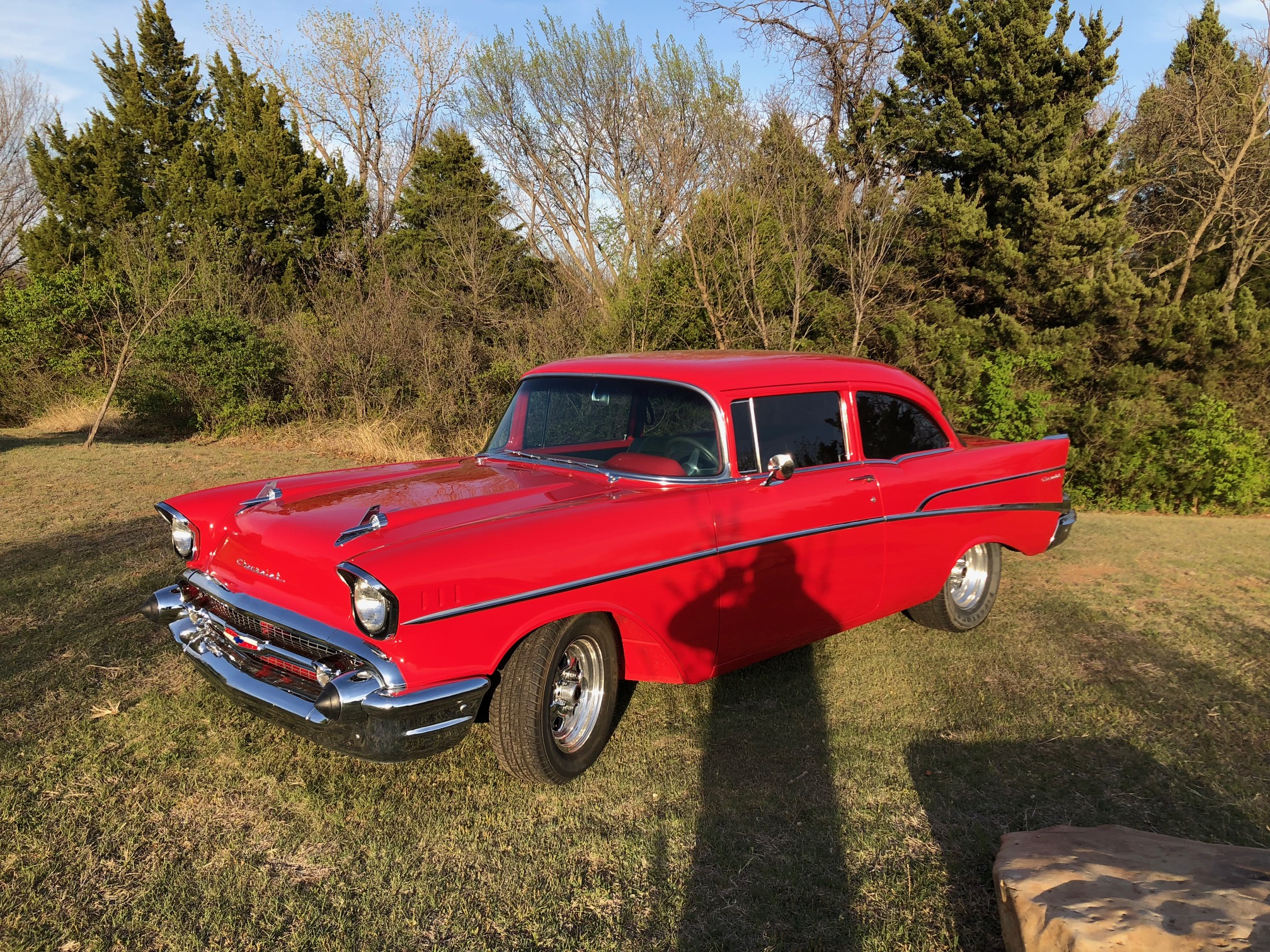 2nd Image of a 1957 CHEVROLET 210