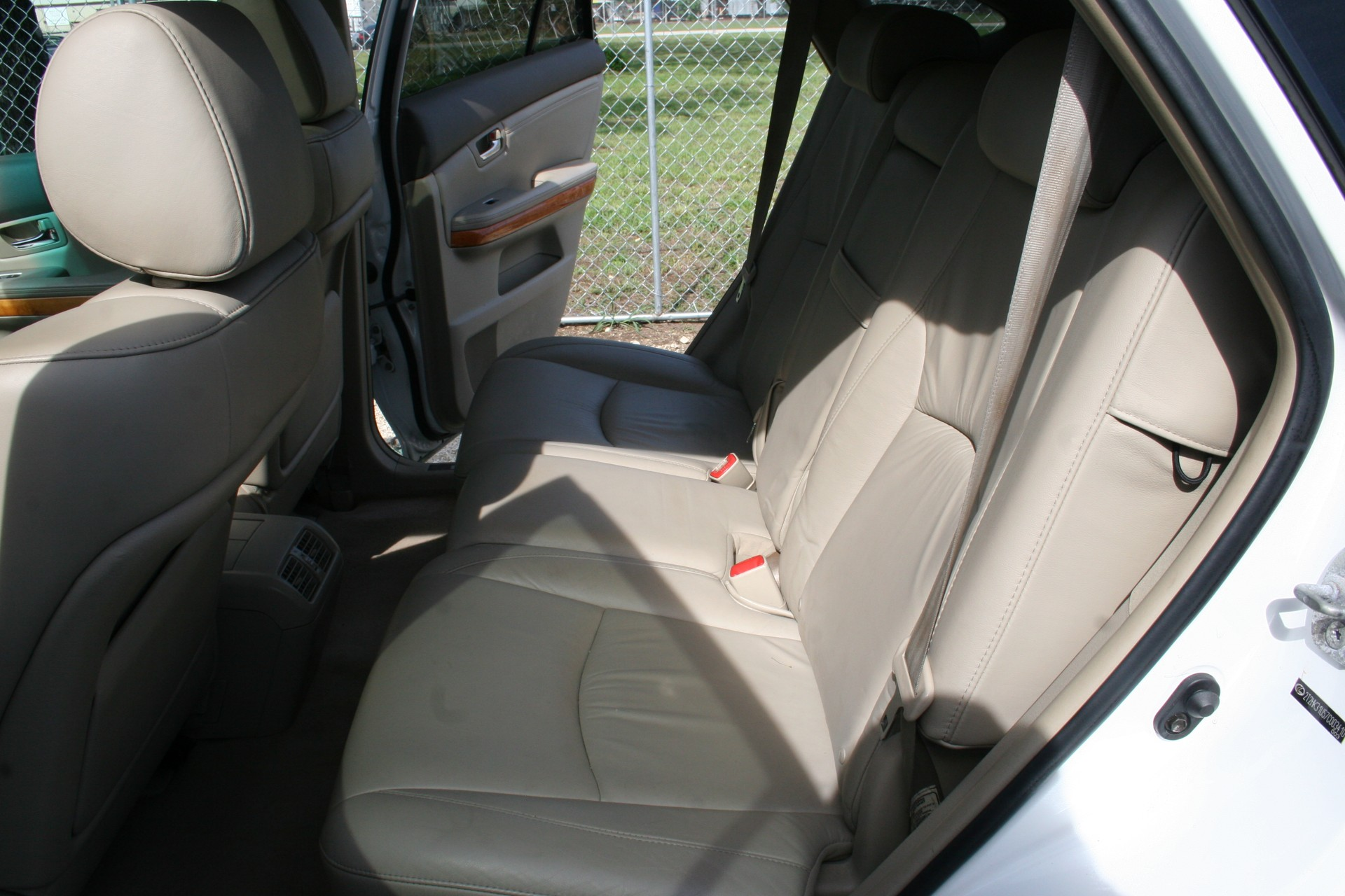 6th Image of a 2007 LEXUS RX 350