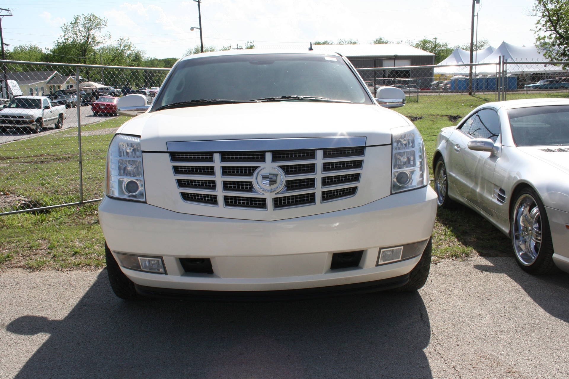 1st Image of a 2008 CADILLAC ESCALADE 1500; LUXURY