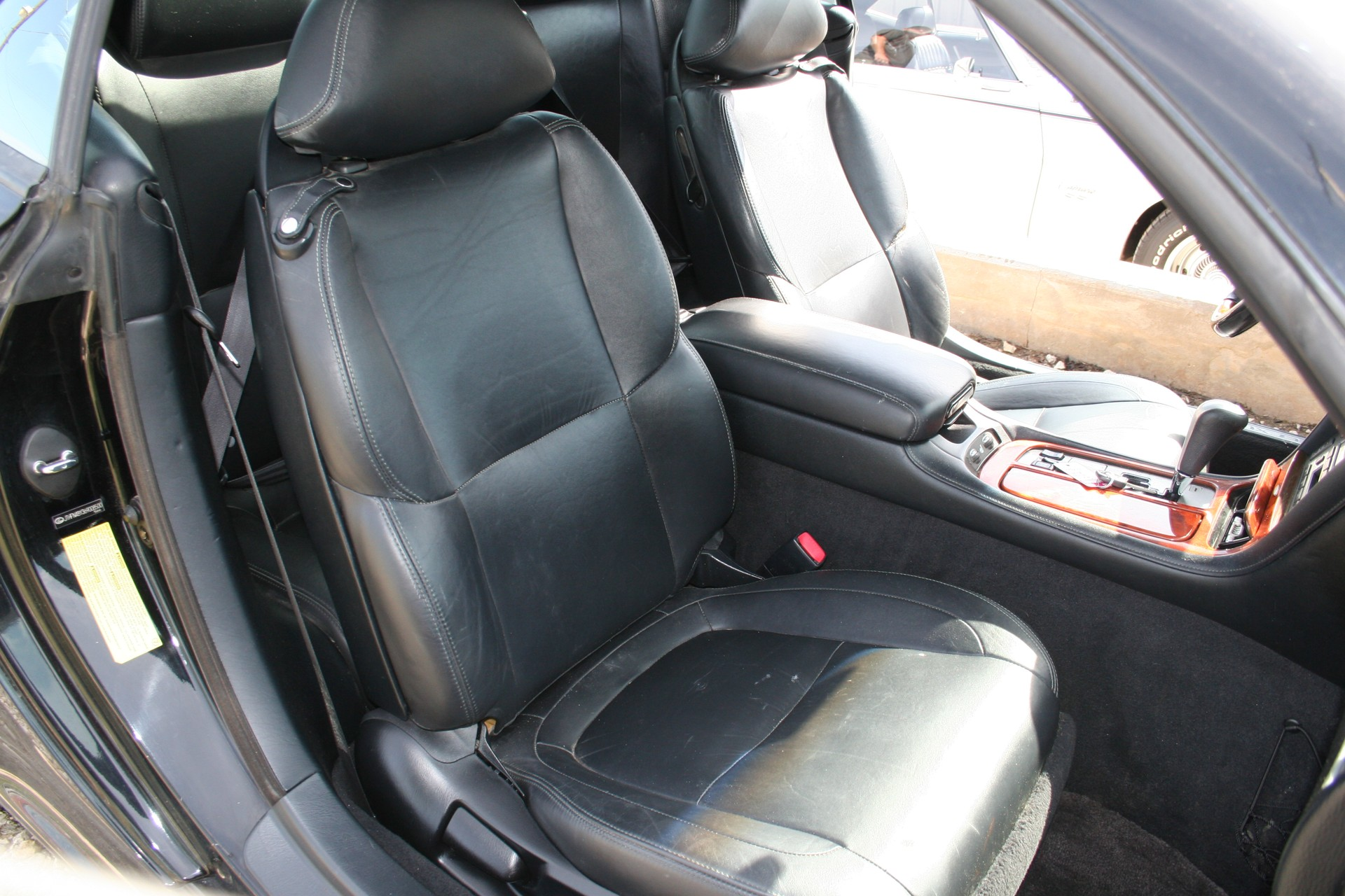 4th Image of a 2006 LEXUS SC 430