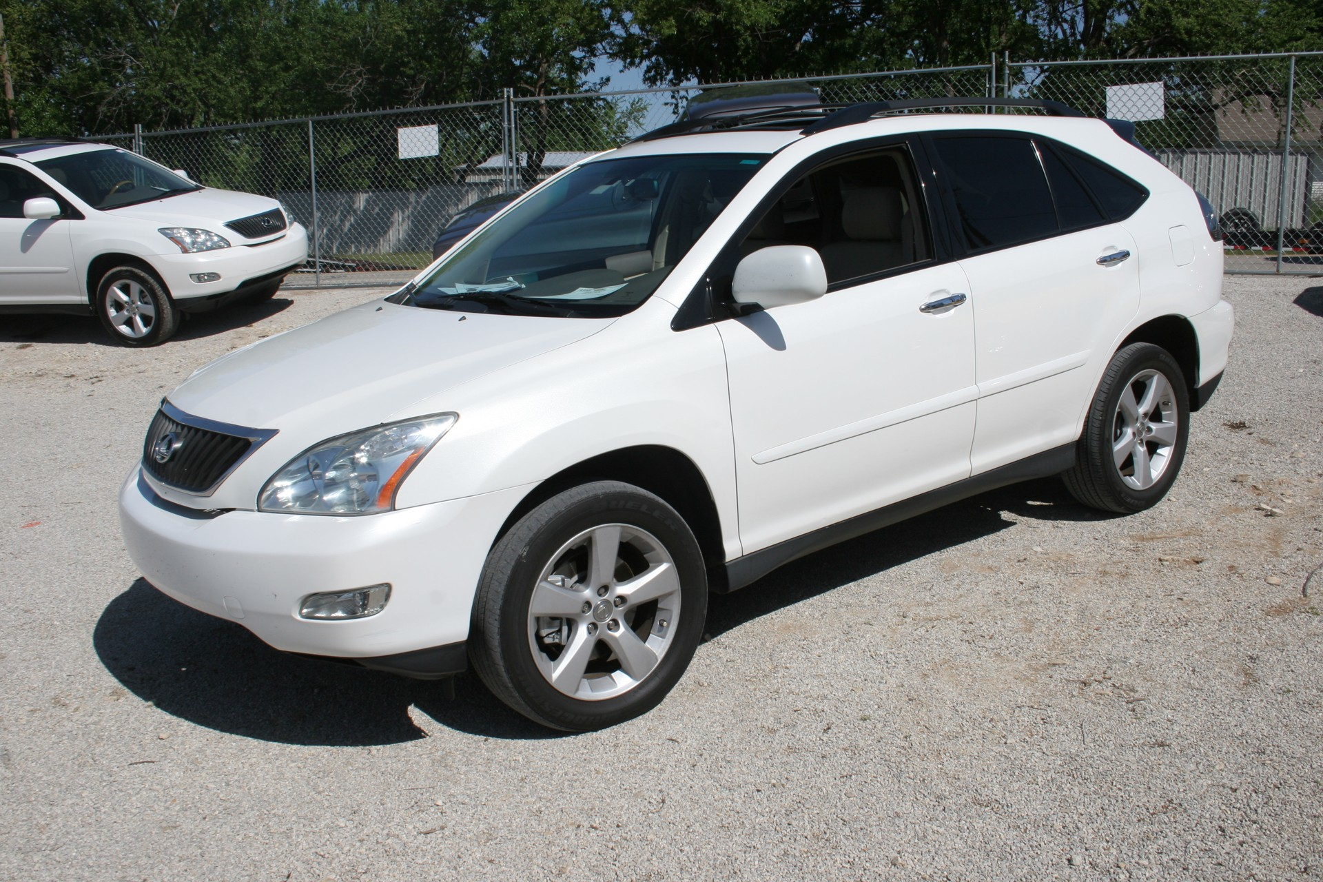 2nd Image of a 2008 LEXUS RX350 SUV