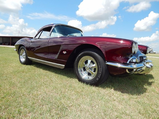5th Image of a 1962 CHEVROLET CORVETTE