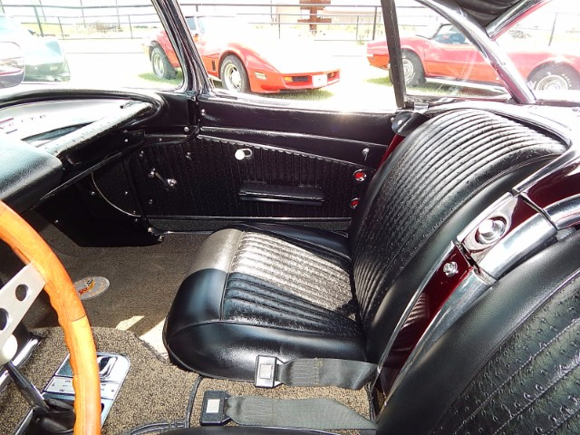 11th Image of a 1962 CHEVROLET CORVETTE