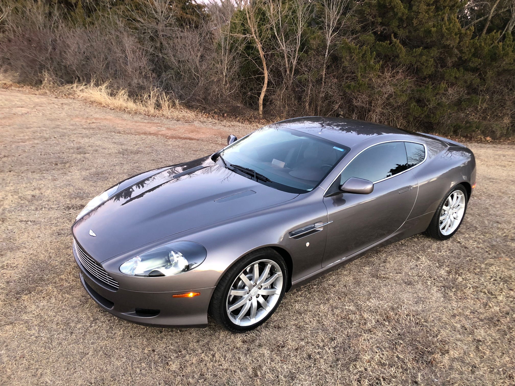 1st Image of a 2005 ASTON MARTIN DB9