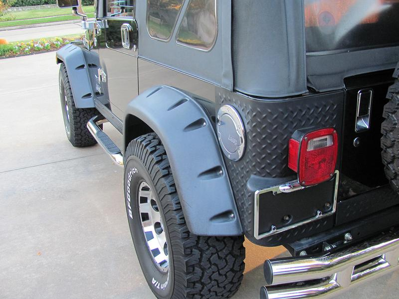 4th Image of a 2005 JEEP WRANGLER RUBICON