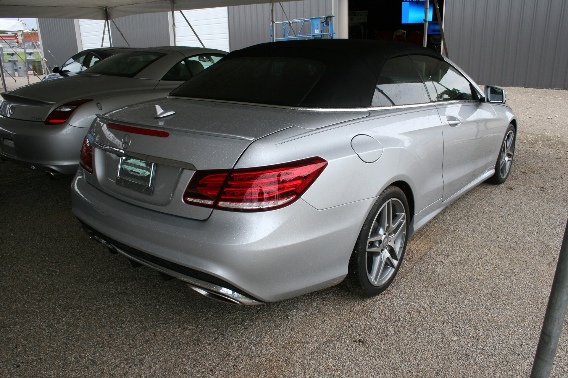 8th Image of a 2016 MERCEDES-BENZ E-CLASS E400