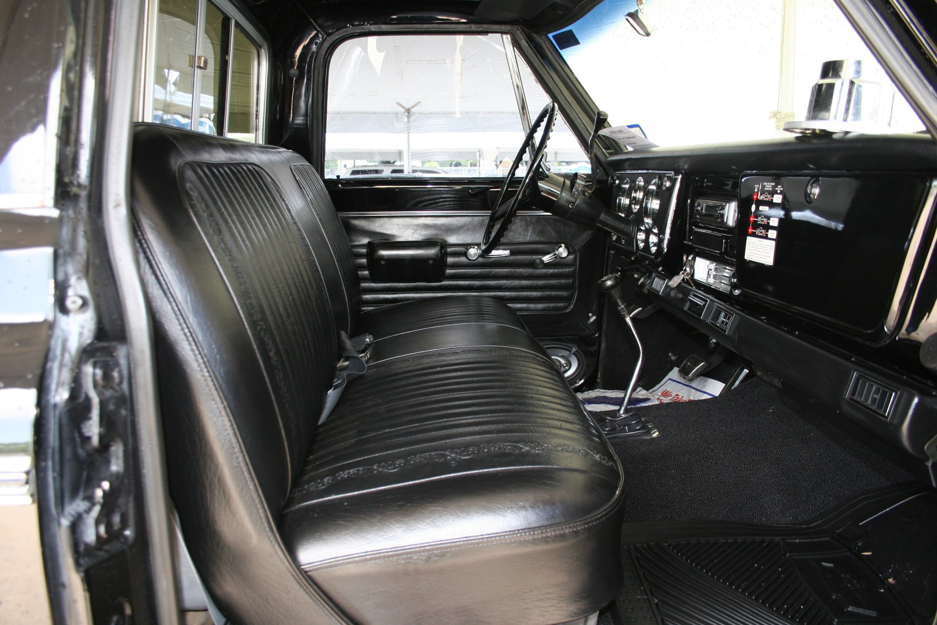 6th Image of a 1970 CHEVROLET K-10 EDITION