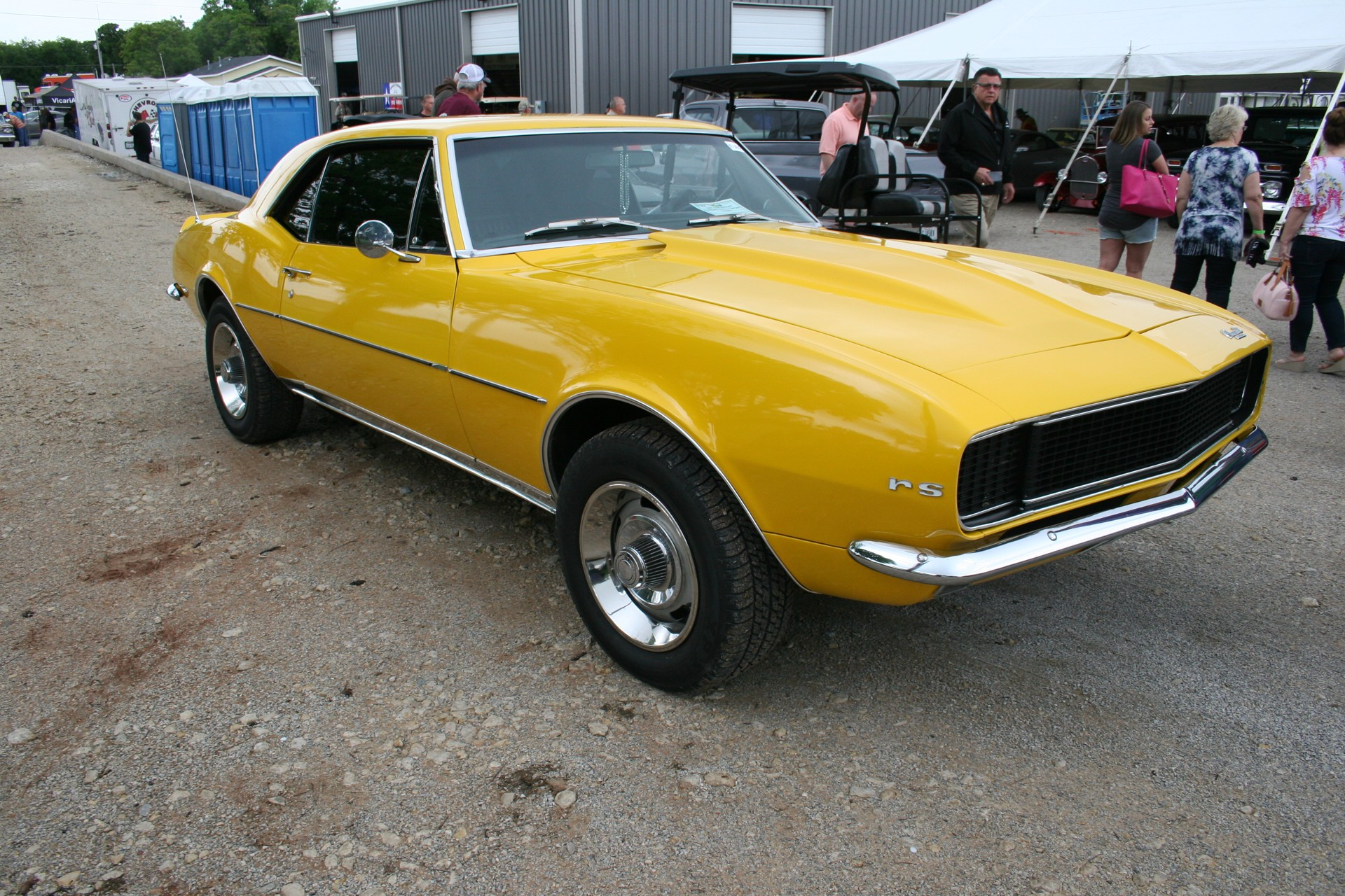 3rd Image of a 1967 CHEVROLET CAMARO RALLY SPORT