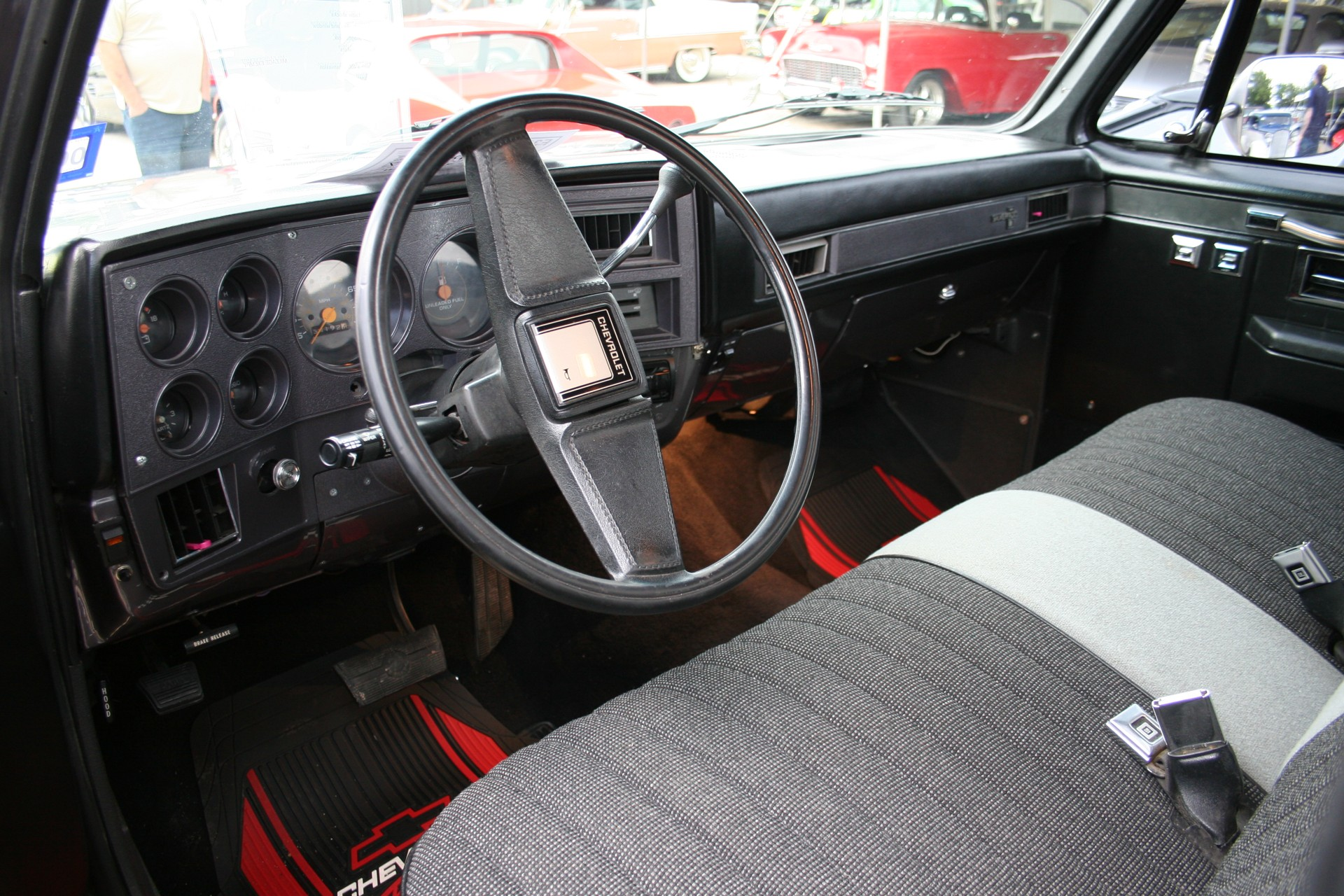 6th Image of a 1986 CHEVROLET C10